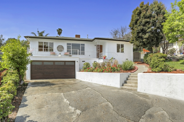 Gorgeous Mid-Century Home in the Beautiful, Hillside Village area of El Sereno