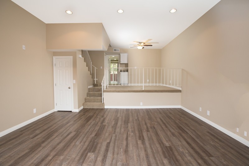 BEAUTIFULLY REMODELED SOUTH REDONDO BEACH TOWNHOME