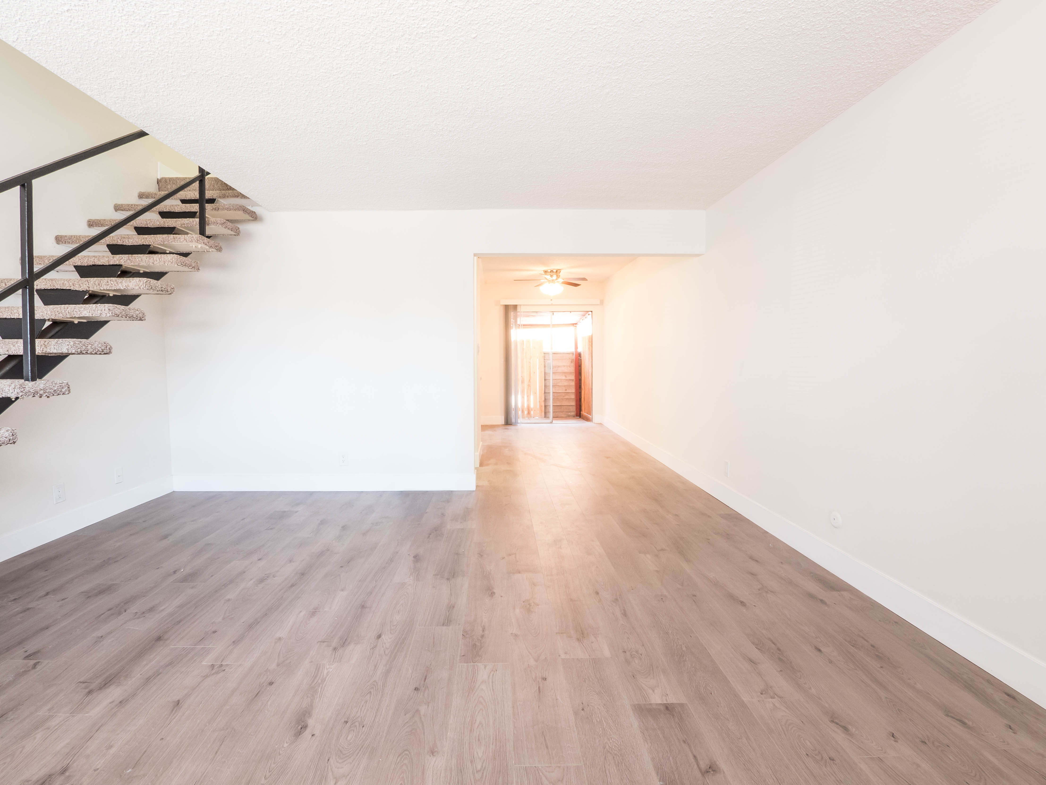 Eagle Rock Townhouse | Patio Space | Washer & Dryer In Unit