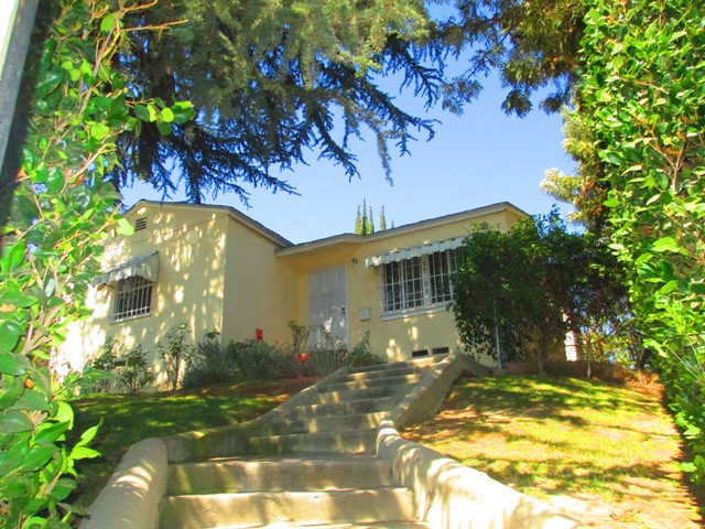 Oh-So-Lovely 1940's Yellow Home | Private Oasis & Yard | Prime Atwater Location