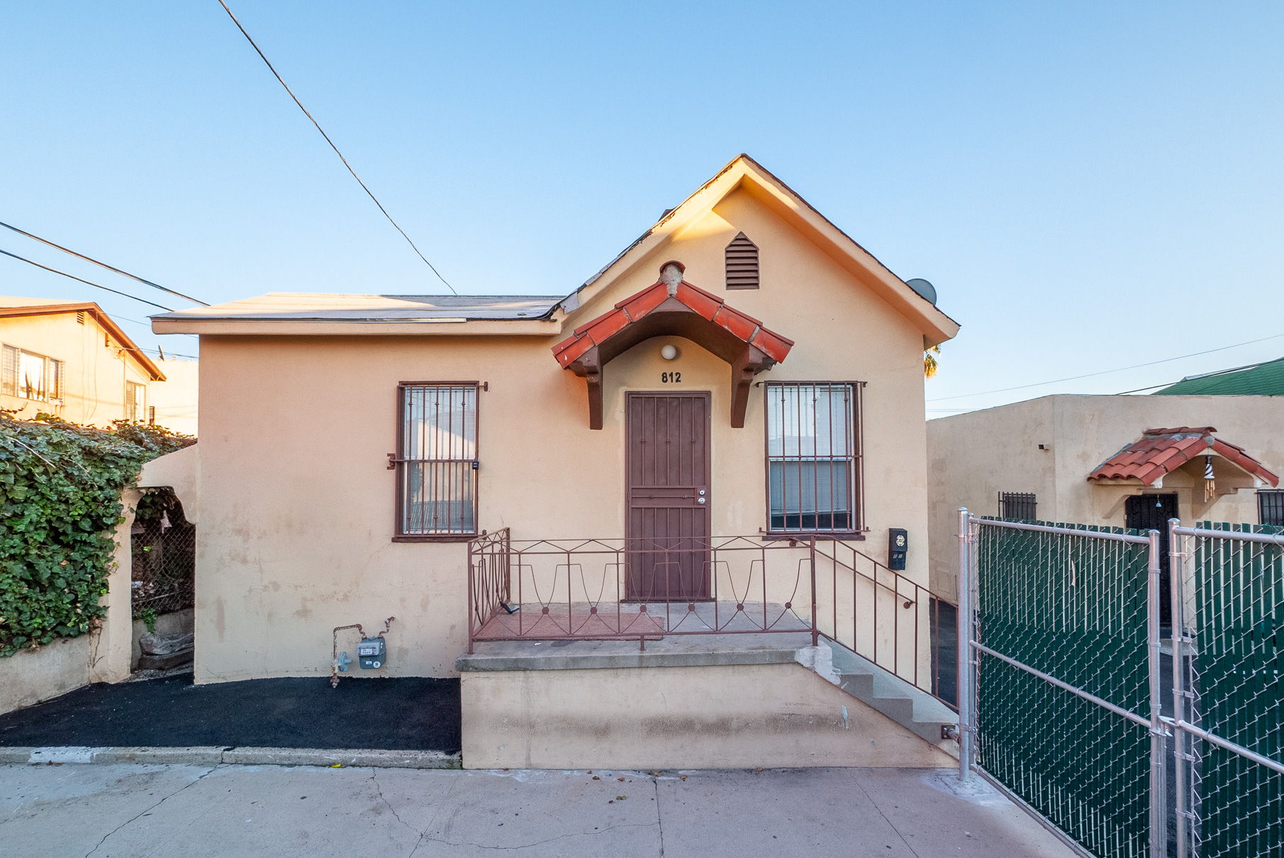 Charming Chinatown Bright 2 bedroom with tons of original characters   Minutes from everything Echo Park & Chinatown