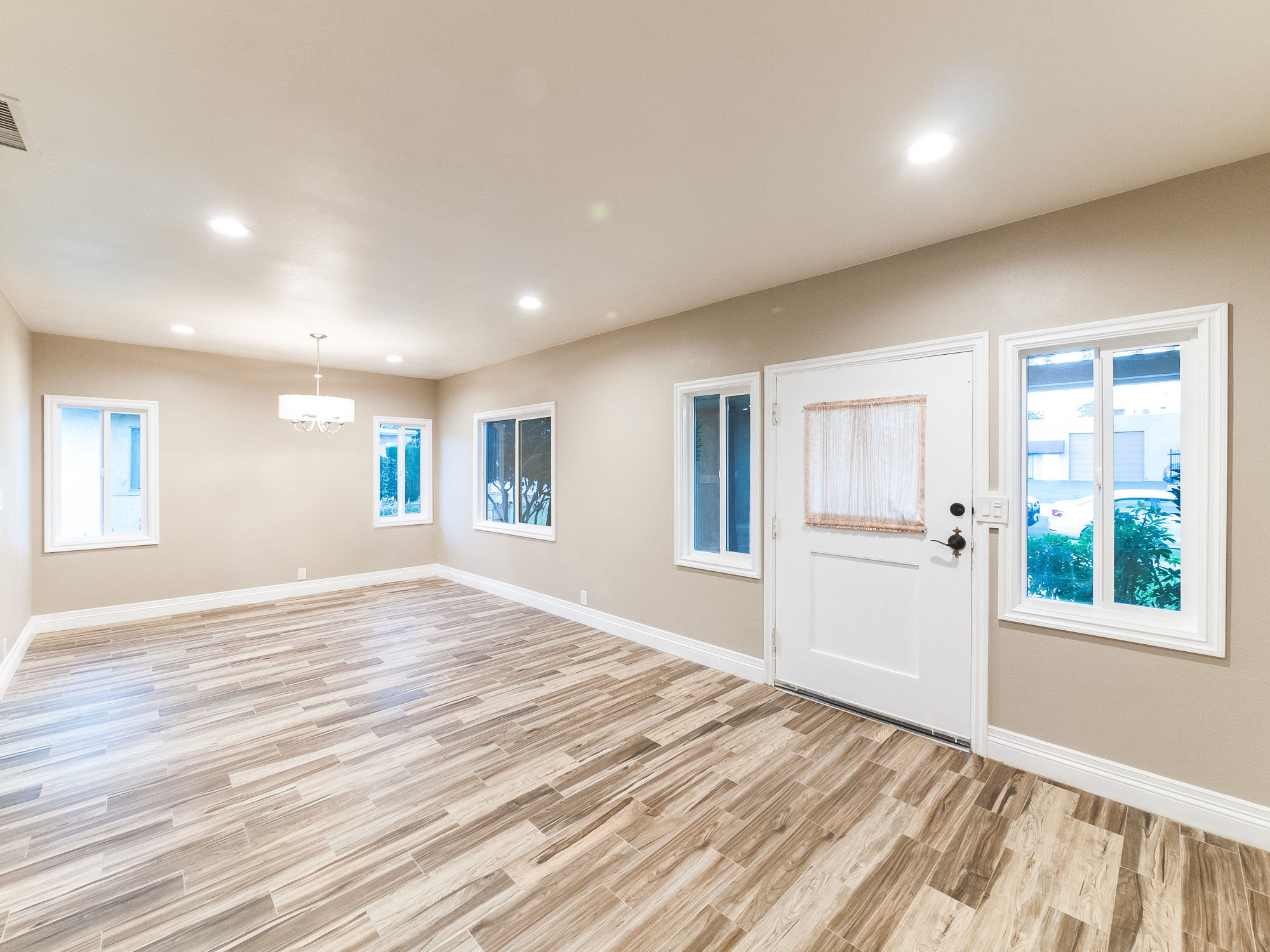 Completely Remodeled Beauty in Atwater Village!