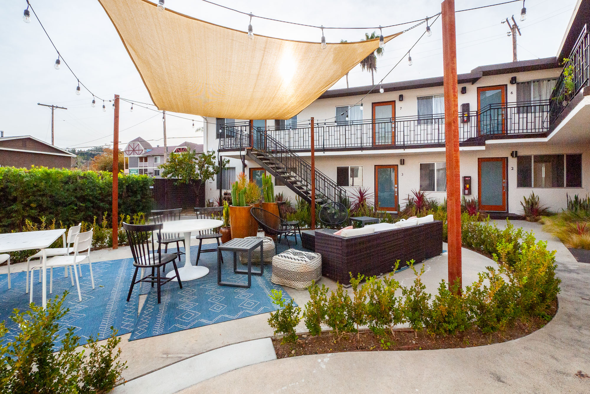 Minutes from All of Figueroa Blvd | Gated Parking | Upper Floor| Huge Bedroom Closet | Beamed Ceilings