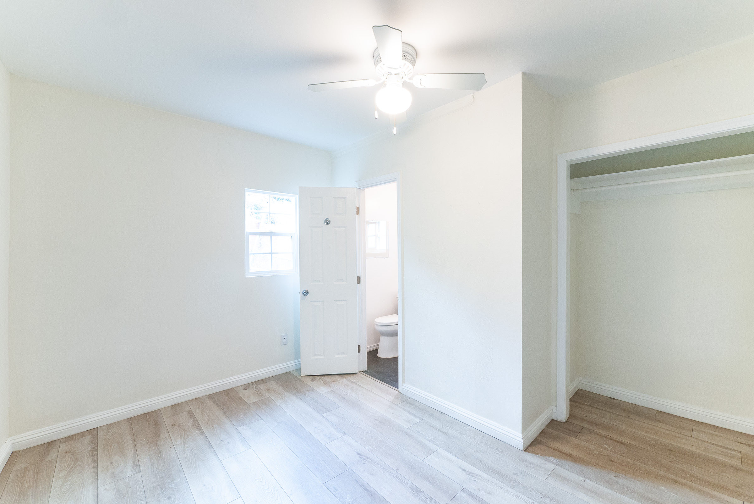 Updated Bachelor Studio In East LA | Pets Wil Be Considered | Street Parking Only