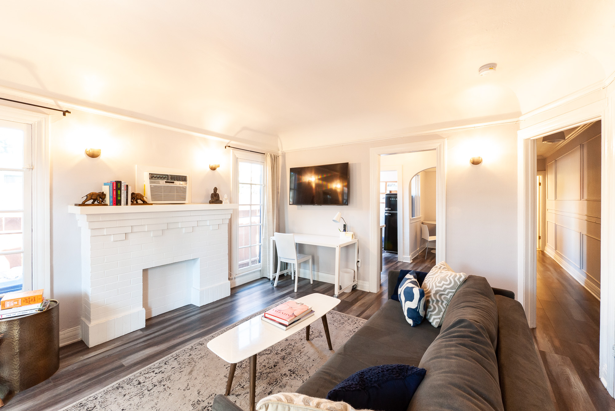 Cute Silver Lake One Bedroom | Furnished or Unfurnished | Two Blocks from Sunset Junction | Private Outdoor Patio