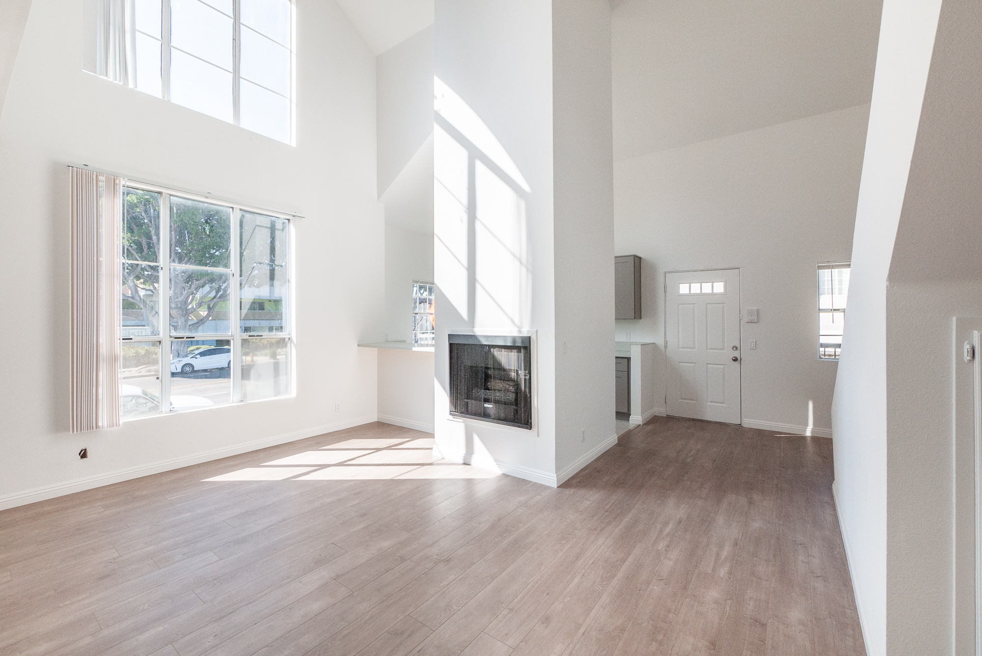 Two Story 2BD / 2BA with Loft Layout in Renovated Building | Central Heat & A/C | Two Gated Parking Spots