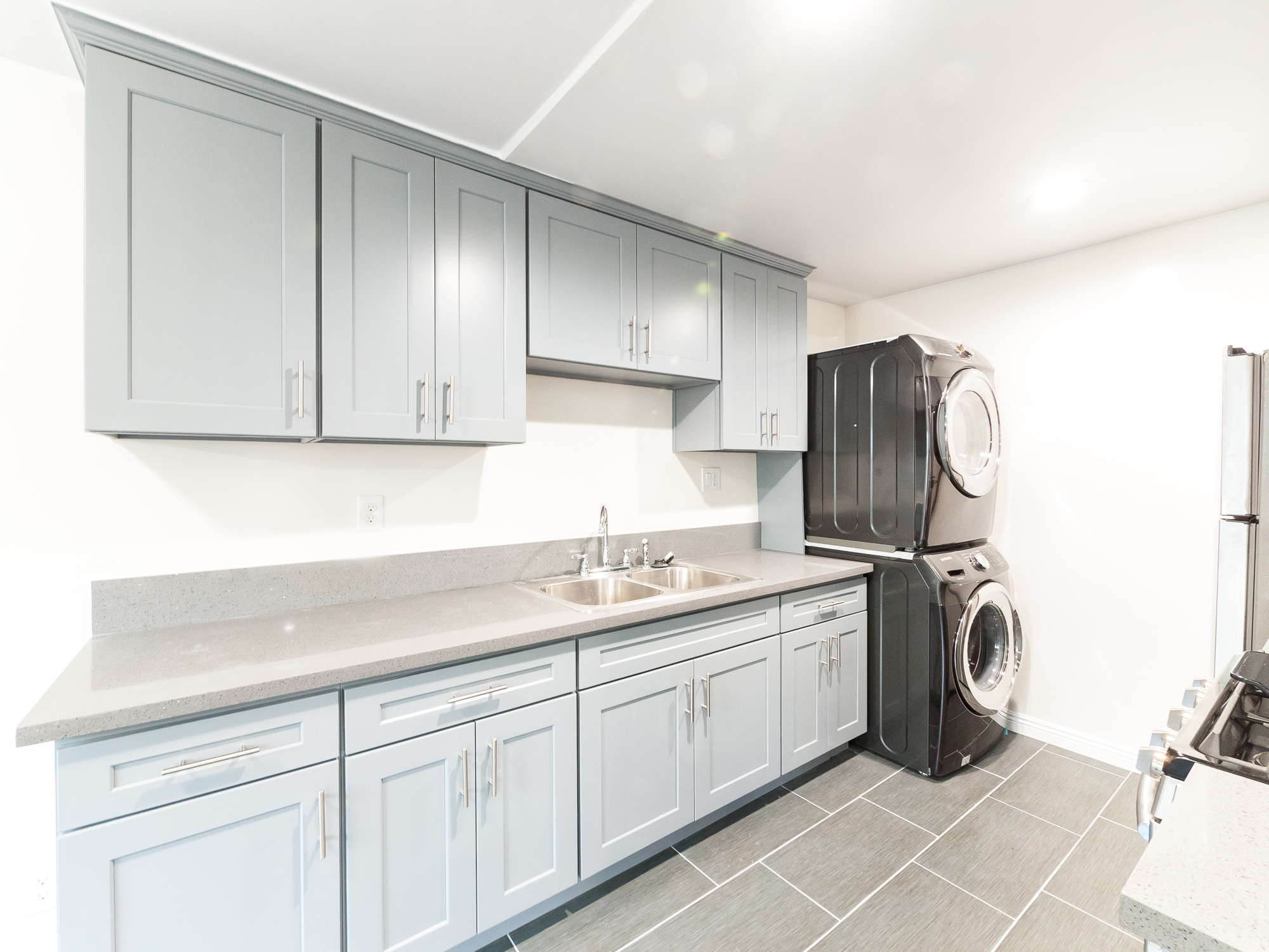 In-Unit Laundry | TWO CLOSETS in Living Area | Close to all the action in SouthPas and Highland Park