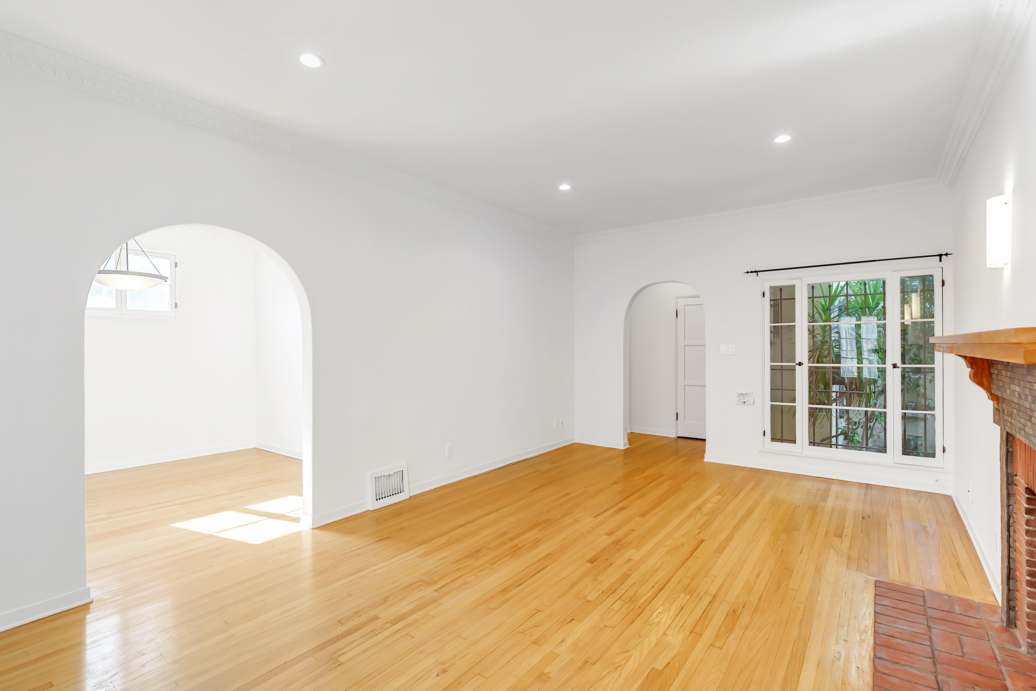 Stunning 1BR/ 1BA 1920s DREAM APARTMENT w/ Separate Dining, Decorative Fireplace, Garage Storage, & More!