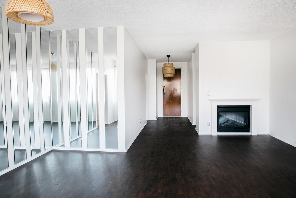 Top Floor Spacious Park-View Condo with Balcony and Updated Kitchen