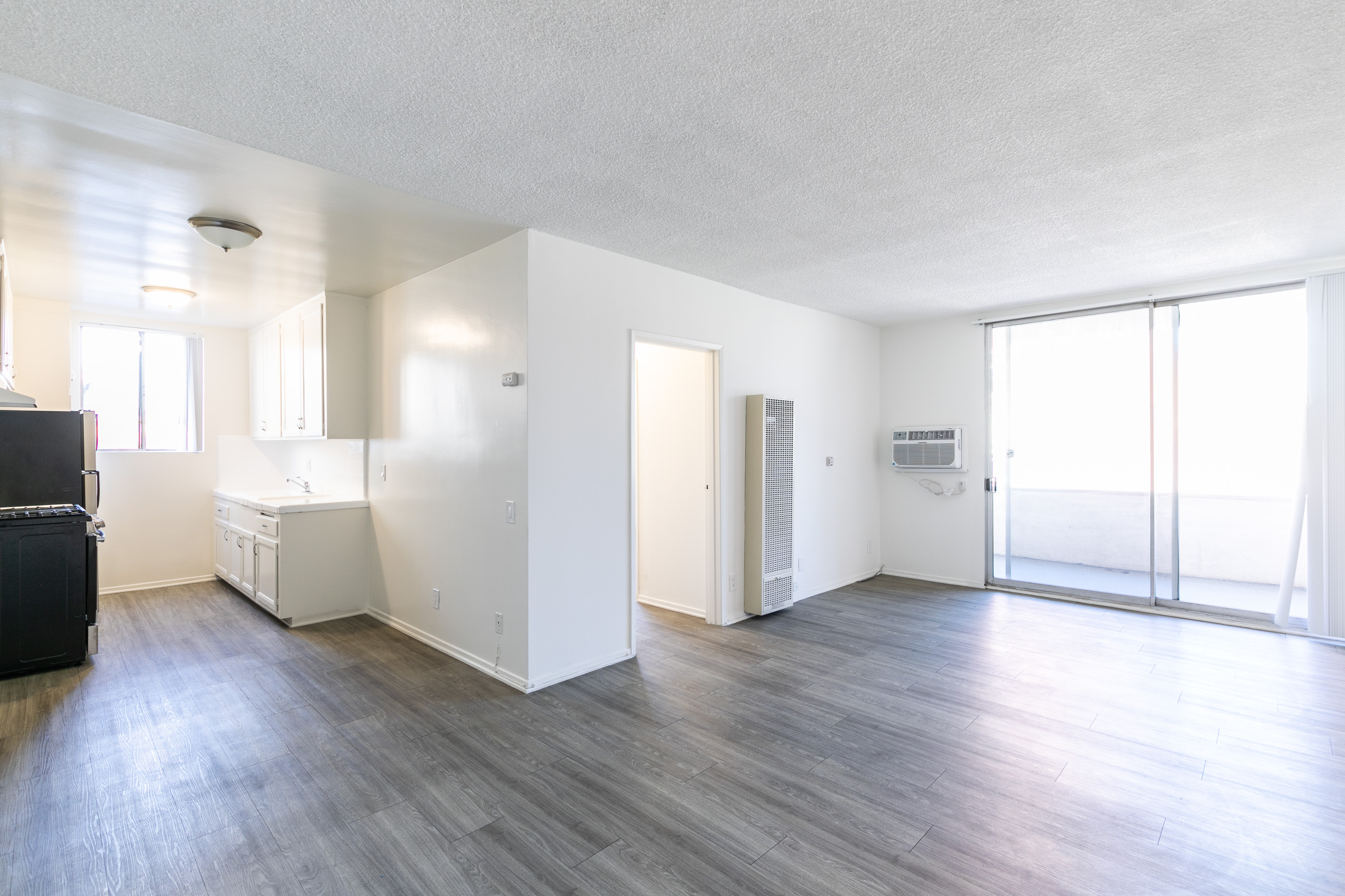 Newly Updated Mid-Century 1 Bed/1 Bath - Beautiful New Flooring - Private Balcony -Parking- Pool - Perfect K-Town Location!