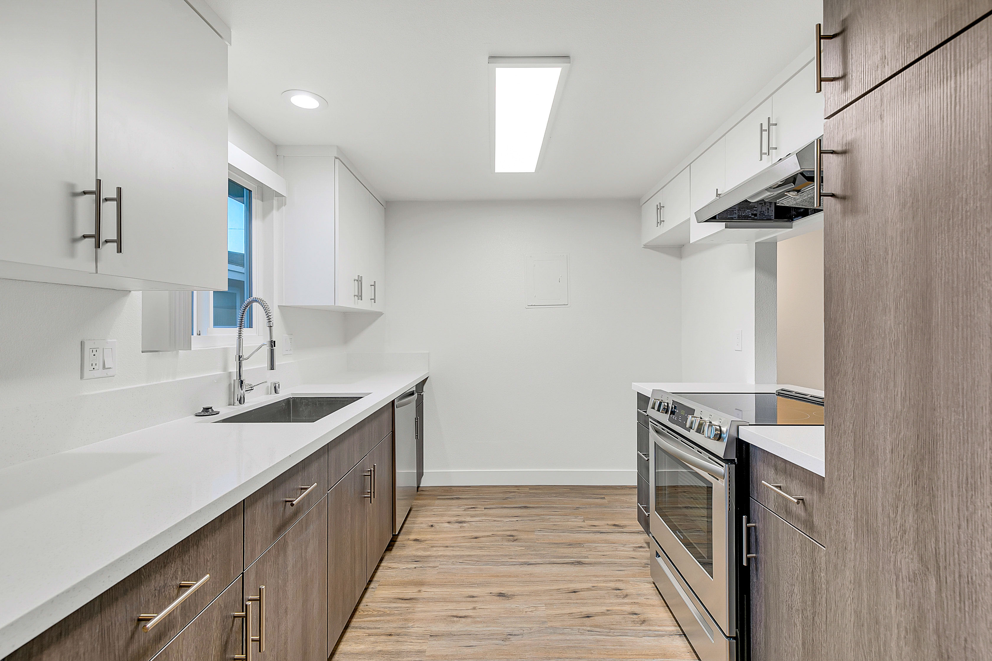 Redondo Beach Showstopper! Renovated 2BD/2BA with Wrap Around Balcony and Garage Parking