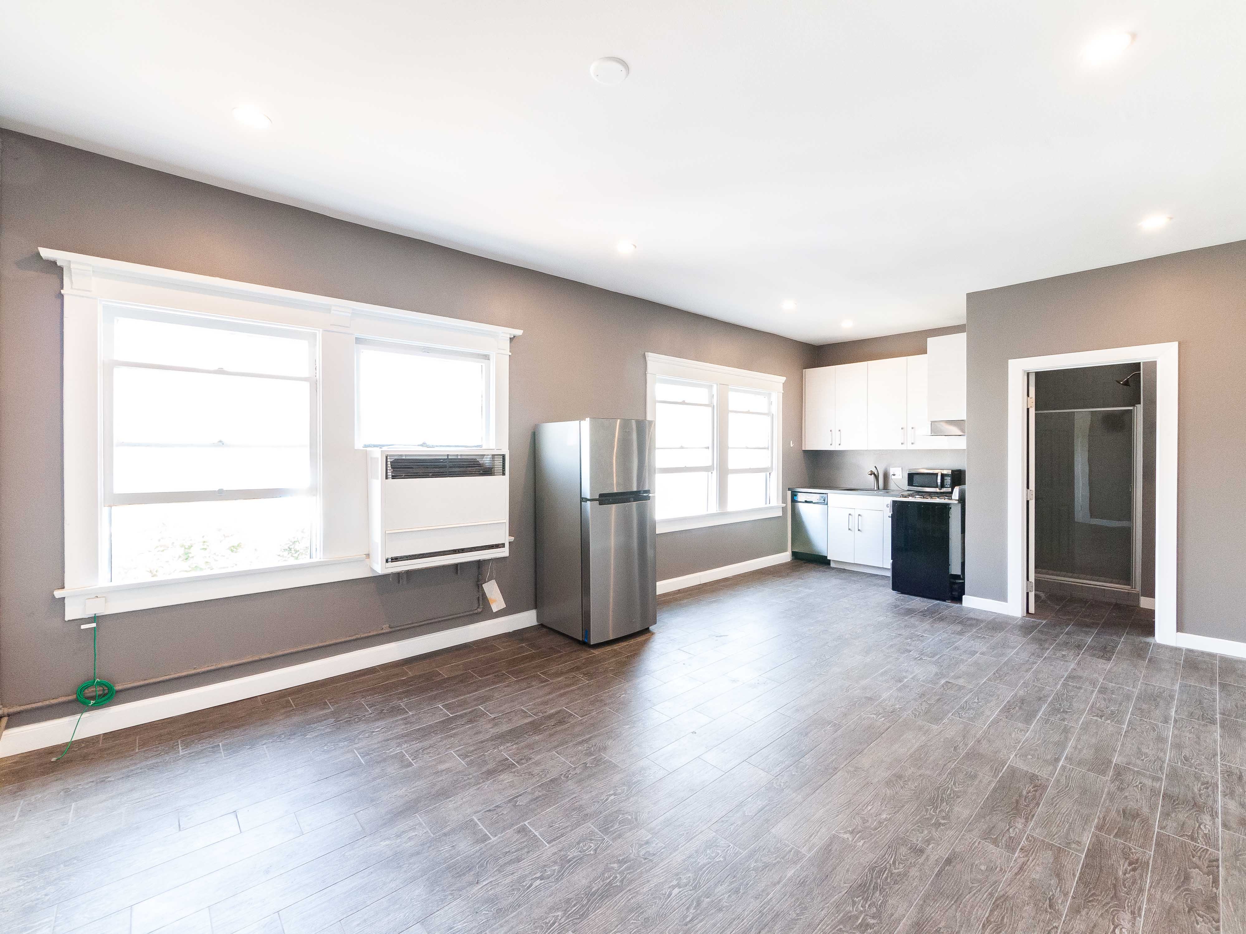 Studio Apartment | Lincoln Heights | Modern Updates