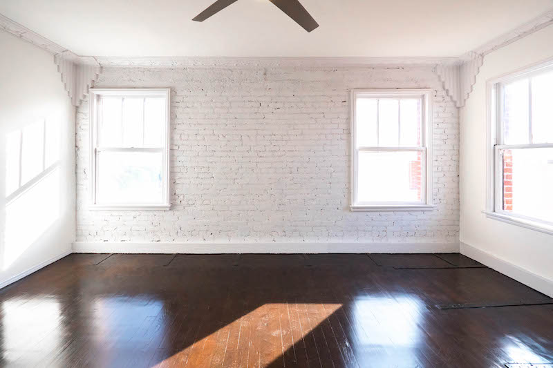 Top Floor Beauty! Super Spacious  1 Bed - JUST Renovated - Exposed Brick -Restored Original Hardwoods -  Gorgeous Stainless Kitchen - Direct DTLA Views - Superb Location!