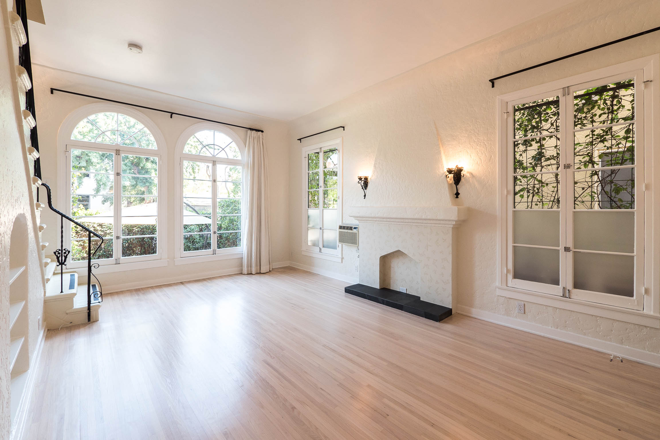 Romantic Los Feliz Sanctuary | Floor to Ceiling French Windows | Charming Renovations | Outdoor Space
