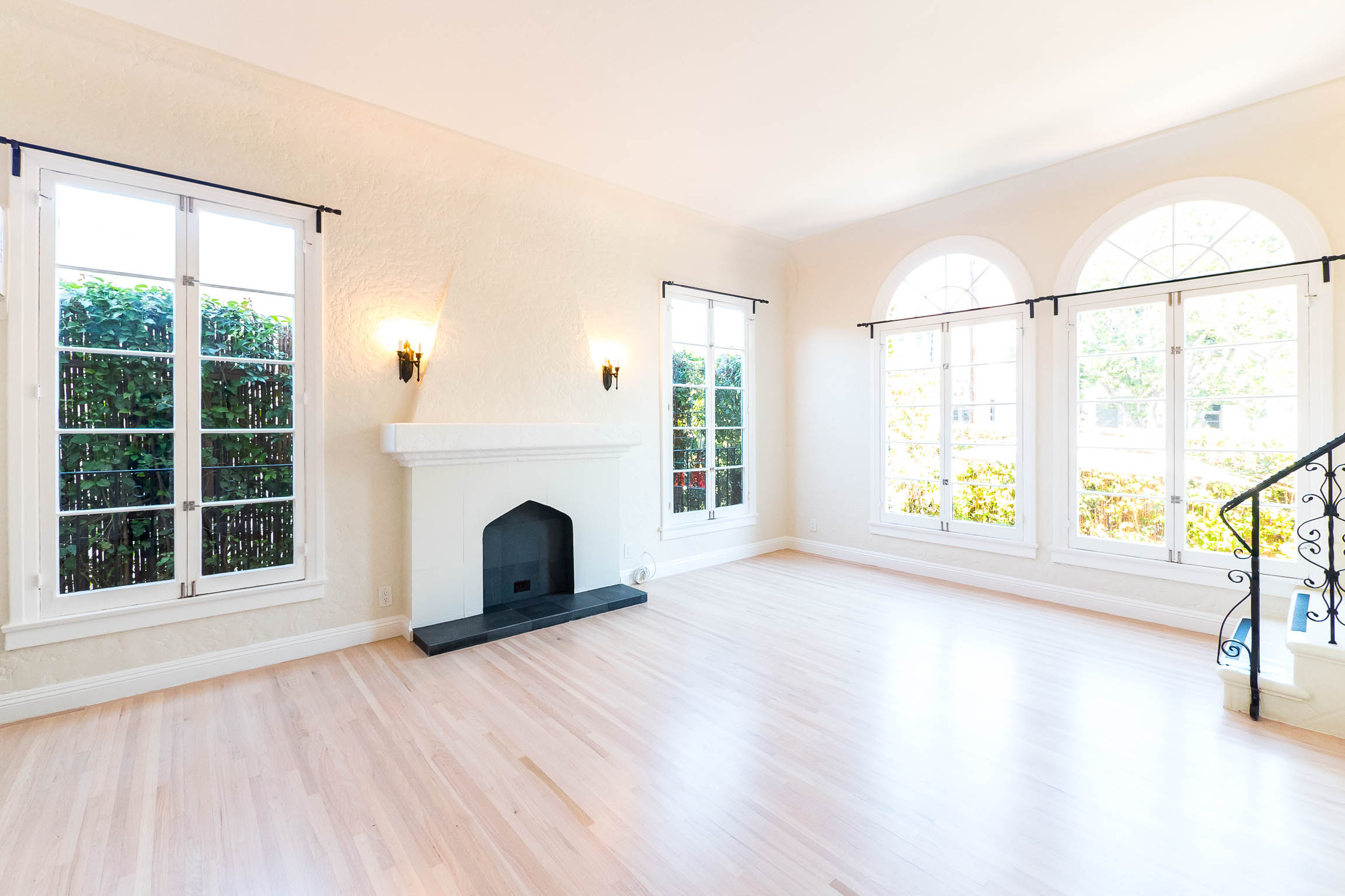 Elegant Los Feliz Oasis | Floor to Ceiling French Windows | Charming Renovations | Tranquil Outdoor Space