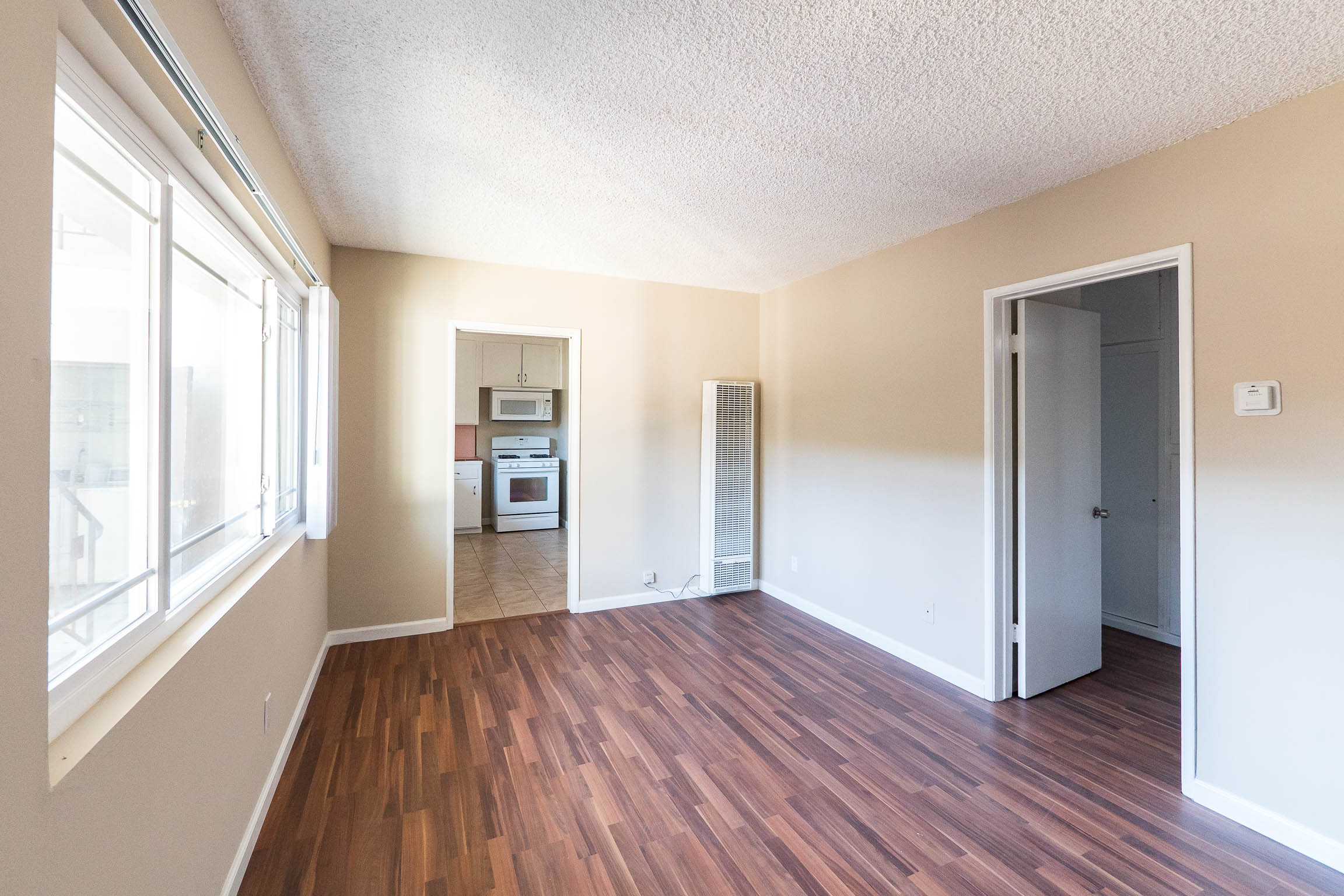 Eagle Rock Apartment | Lower Unit | Assigned Parking Space