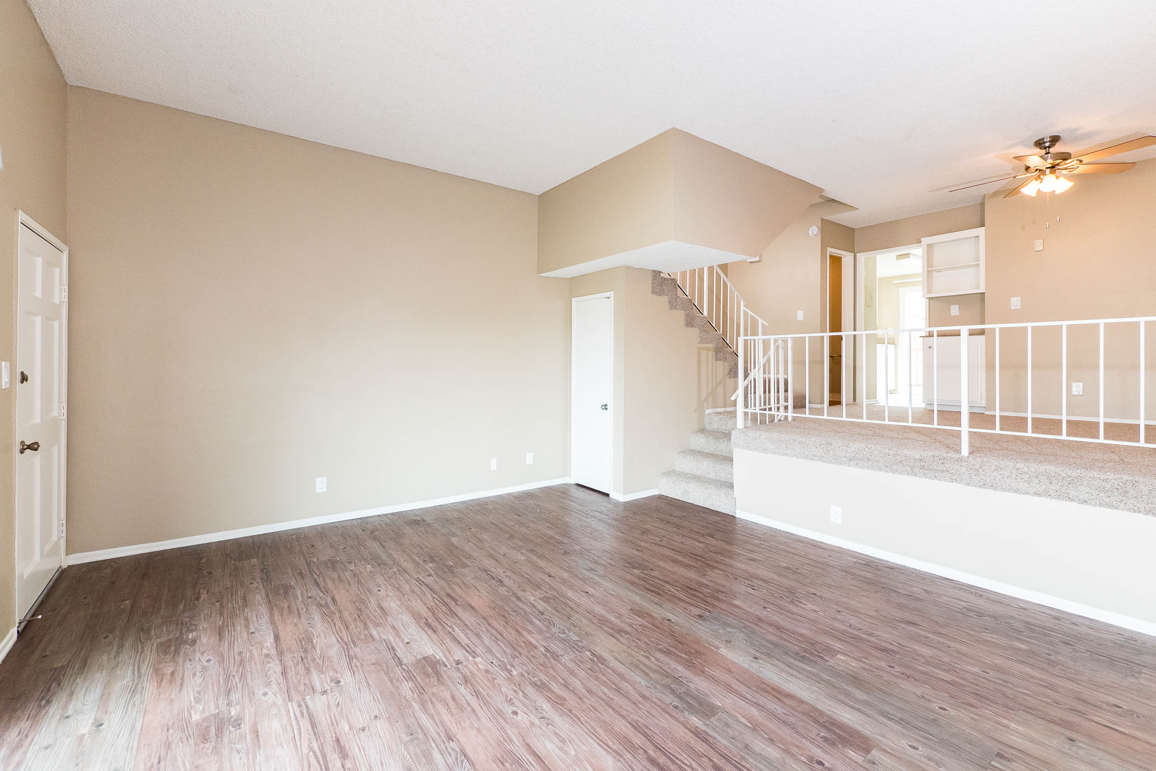 FRONT FACING TOWNHOME w/ HUGE PRIVATE BALCONY