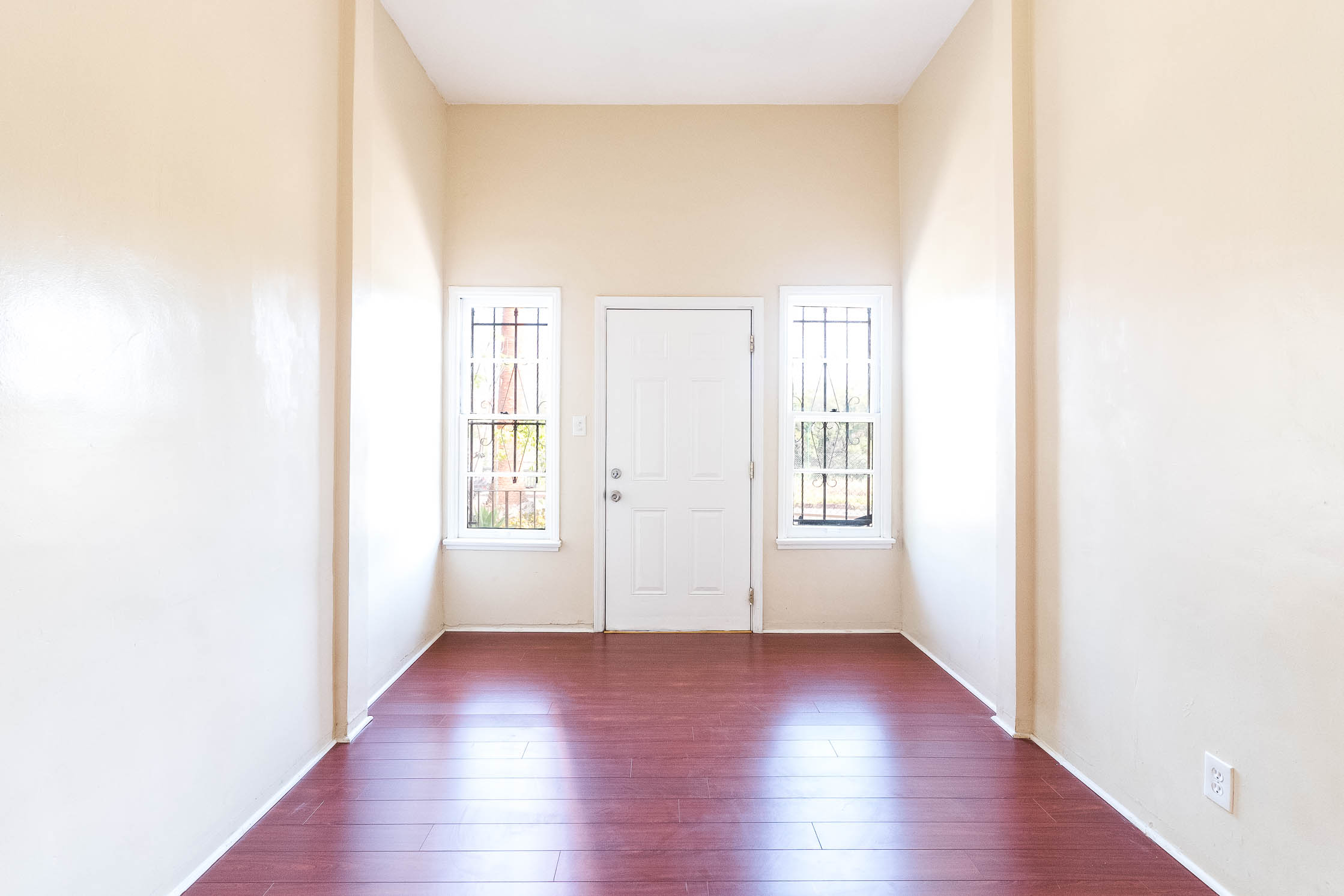 Chinatown 4-Plex | Minutes From Dodger Stadium, Prime Chinatown, & DTLA | 1 Parking Space Included!