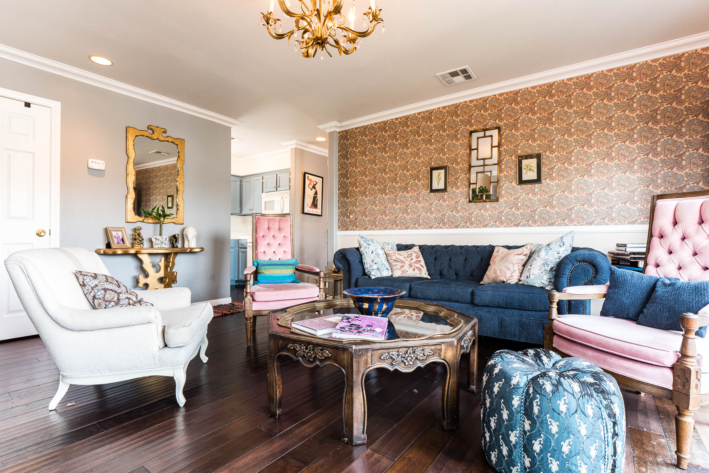 Super Chic Echo Park Town House | Fully Furnished | Incredibly Sweet Design | One Block to Sunset | Near Dodger Stadium