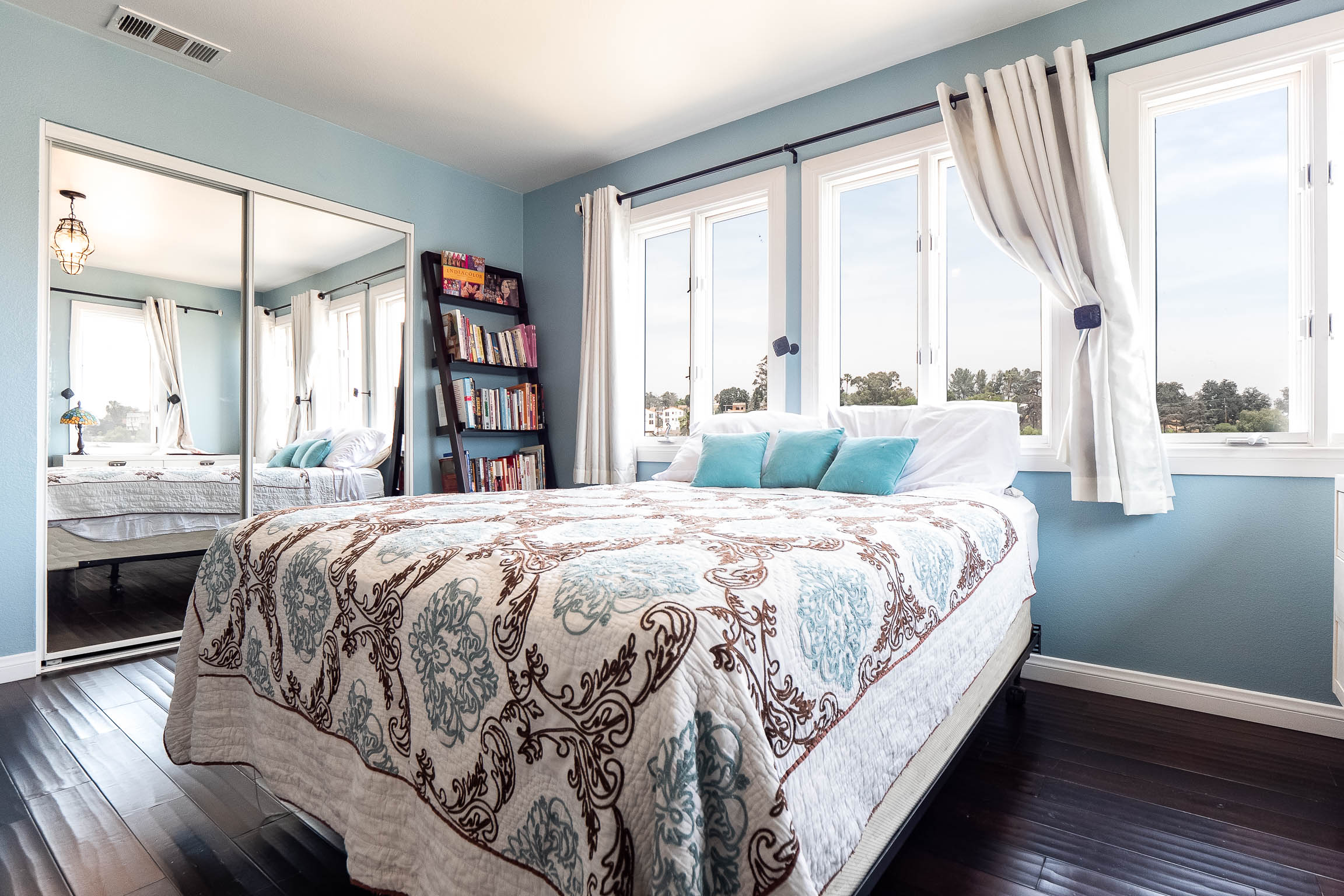 Super Chic Echo Park Town House   Furnished or Unfurnished Option Available   Incredibly Playful & Insta-Worthy Design   One Block to Sunset   Near Dodger Stadium