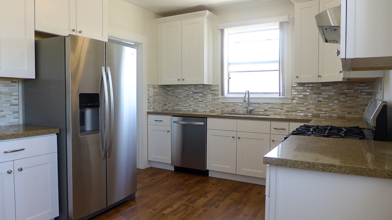 Wowza! Stunning Completely Renovated 2 Bed/1 Bath - Dream Kitchen-In Unit Washer/Dryer