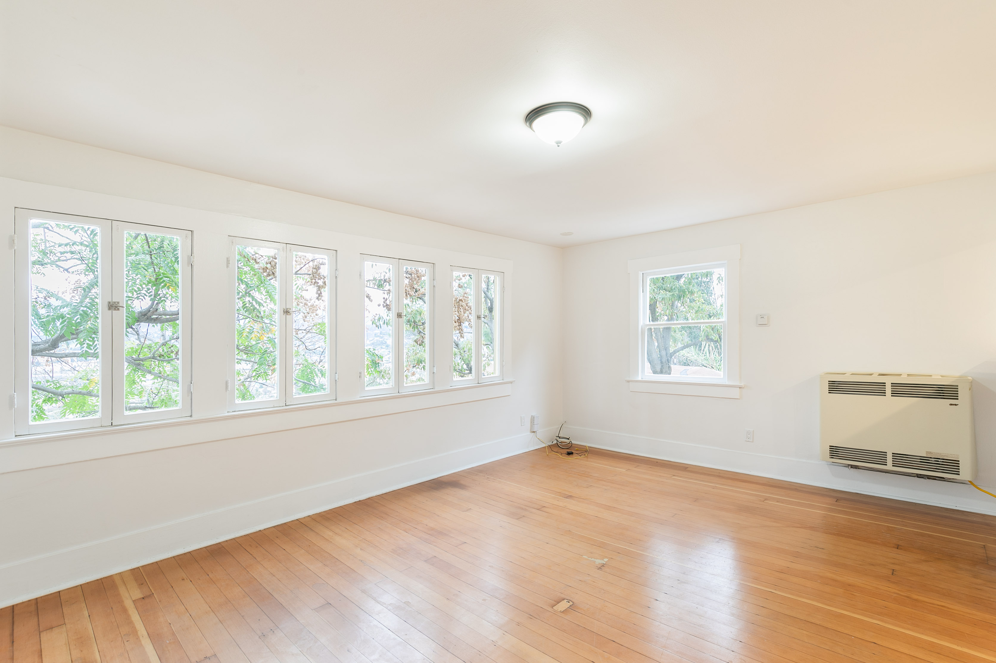 Hillside Echo Park Escape | Updated 1 Bed/ 1 Bath | Charming Details | AC Included