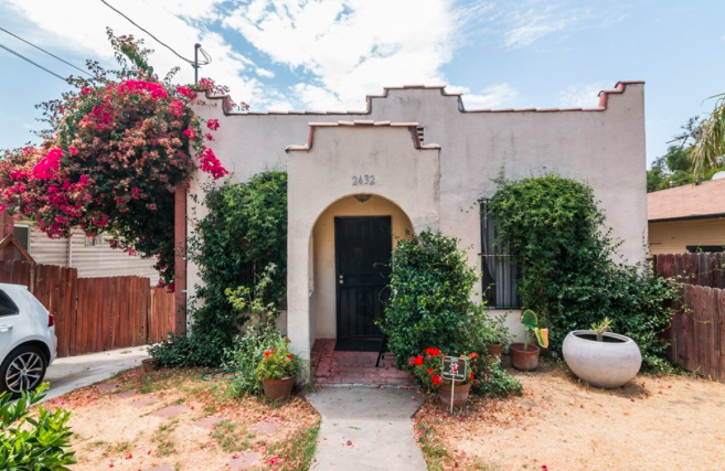 Gated Adorable Spanish style single family home with finished basement in Glassel Park.