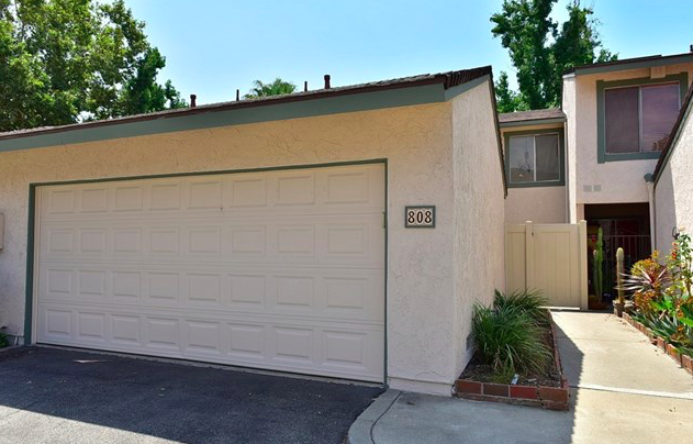 Fabulous 4 bed/ 3 bath condo surrounded by beautiful trees located within walking distance to Citrus College, Azusa Pacific University and the Metro Gold line. Upgraded kitchen with newer cabinets, granite counter tops and stainless steel appliances.