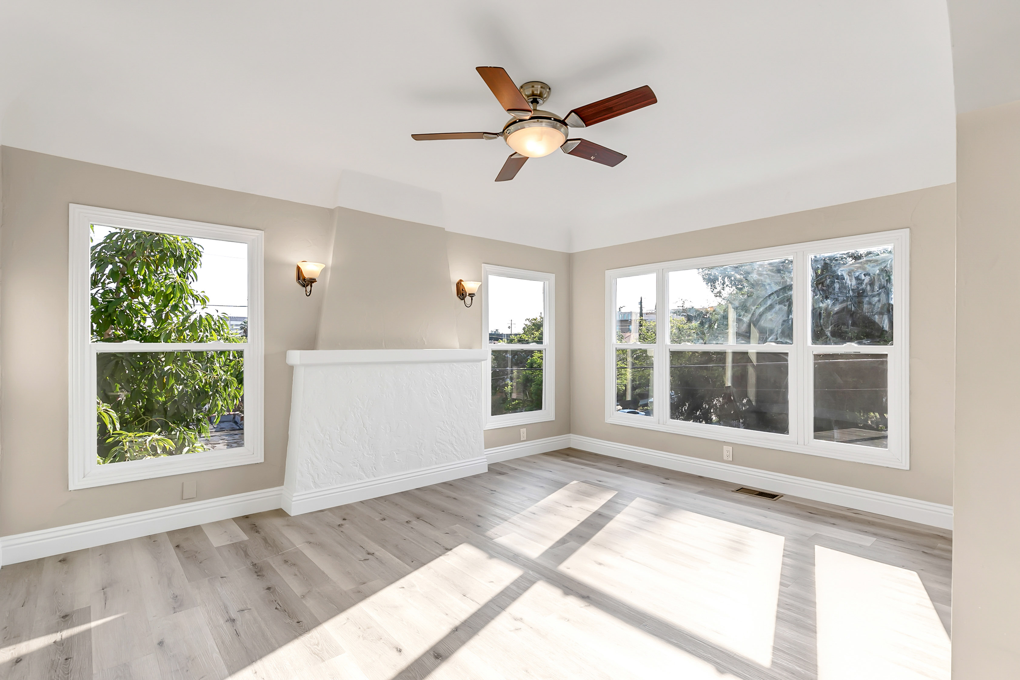 Quiet Echo Park Location | Newly Updated | 1930s Charm | Stainless Steel Appliances