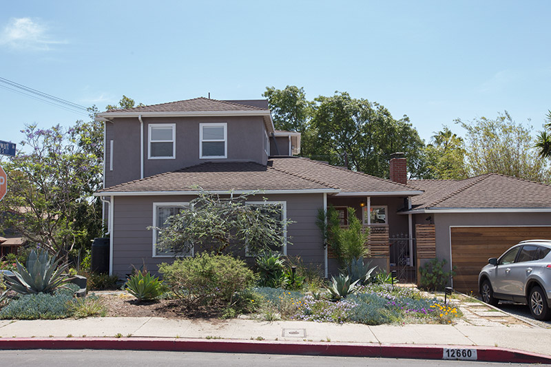 Decks and Views and Patios, Oh My! Gorgeous 2 Story Mar Vista VIEW Home