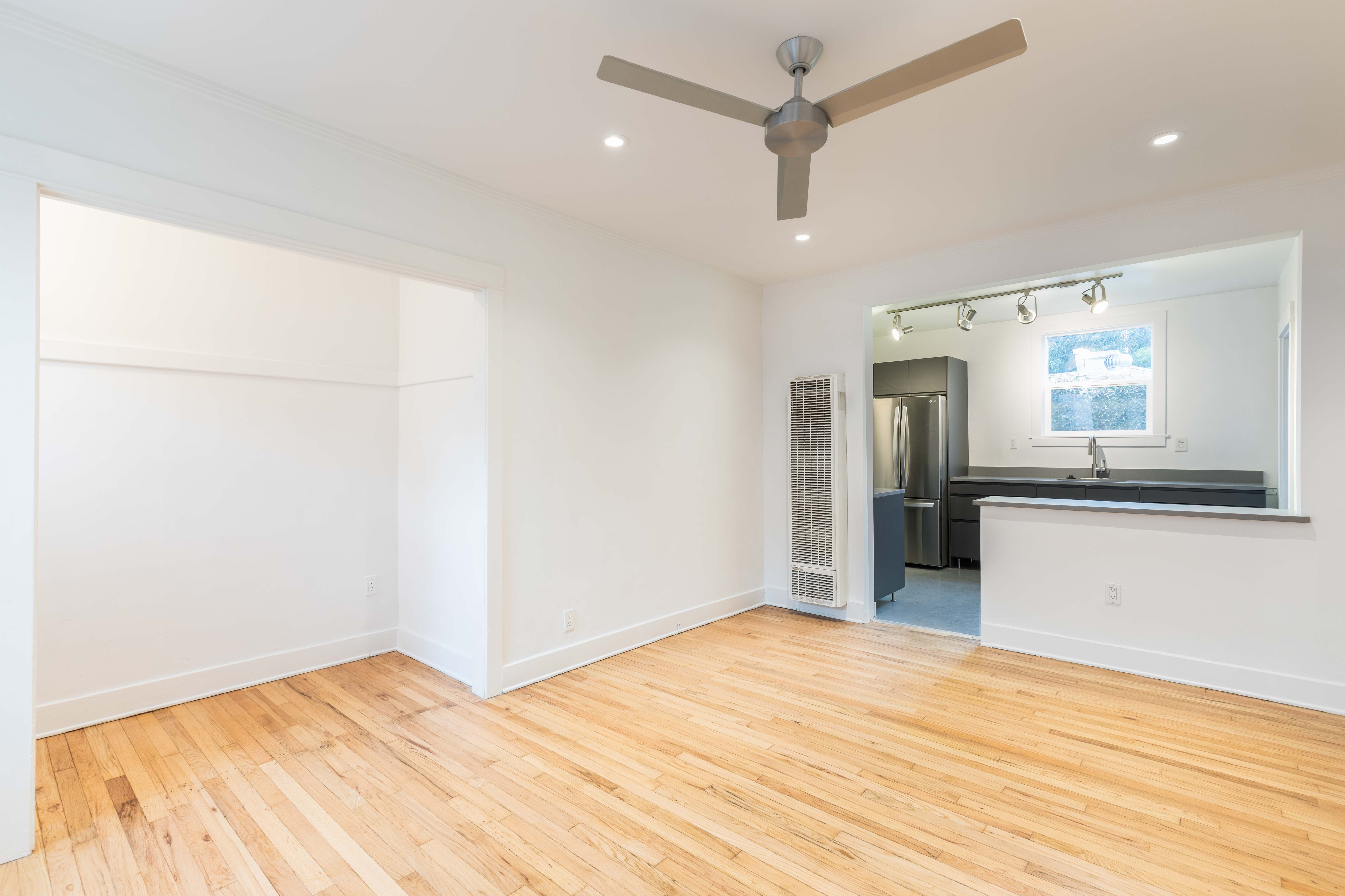 Newly Renovated Silver Lake One Bedroom | Prime Location | Bonus Storage Unit Included