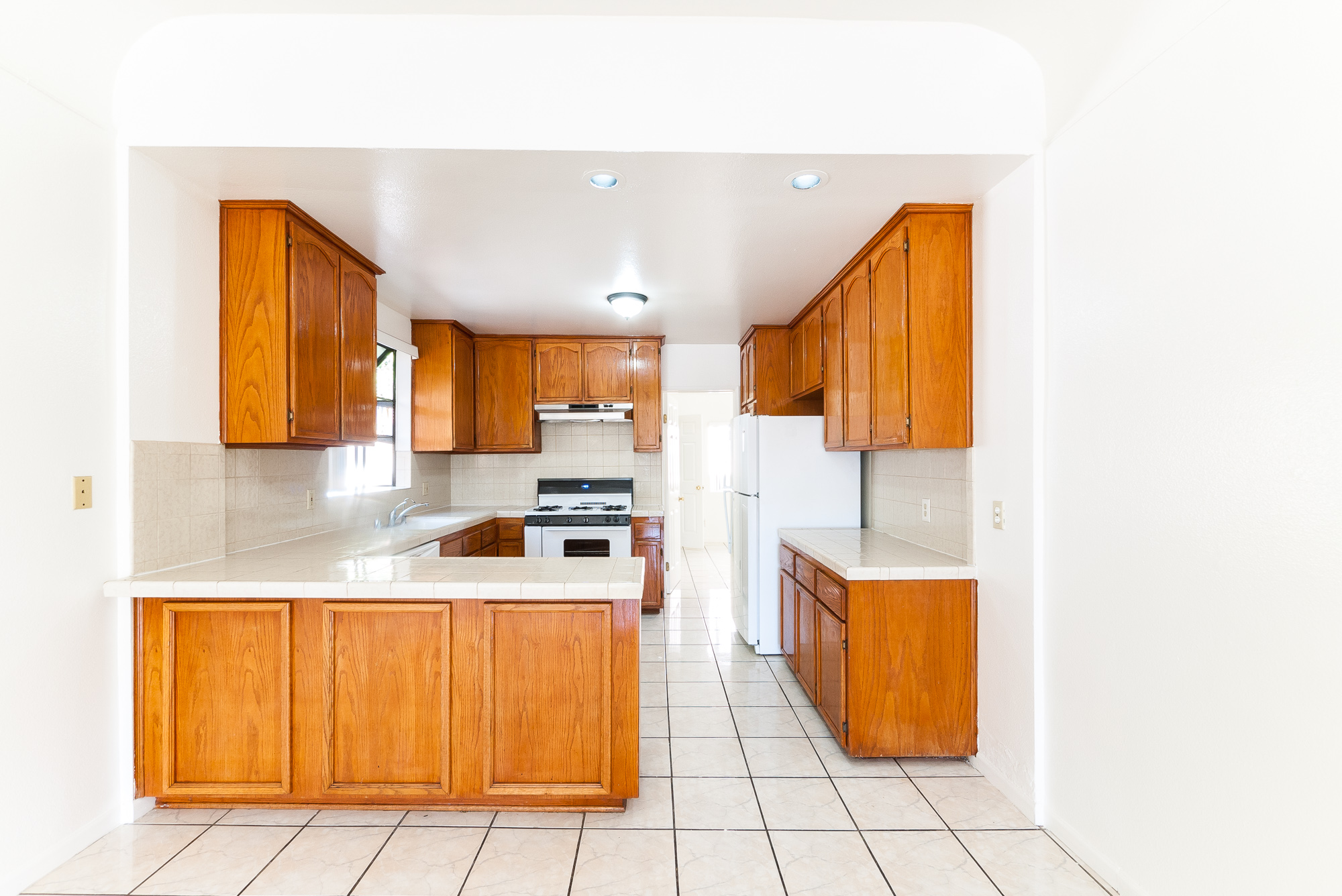 Spacious Upper Unit in Prime Echo Park | Four Bedrooms | TWO Living Rooms | New Appliances | Washer/Dryer Hookups | Single Car Garage