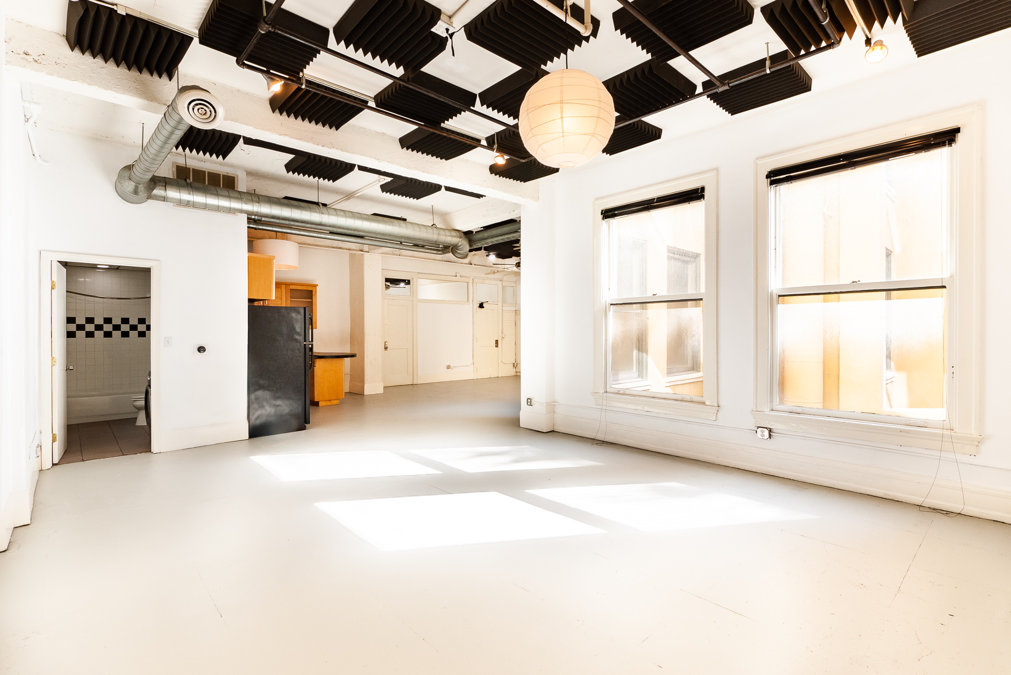 Industrial Higgins Loft | Interior Unit| Central AC/Heat | Rooftop W/ Views!