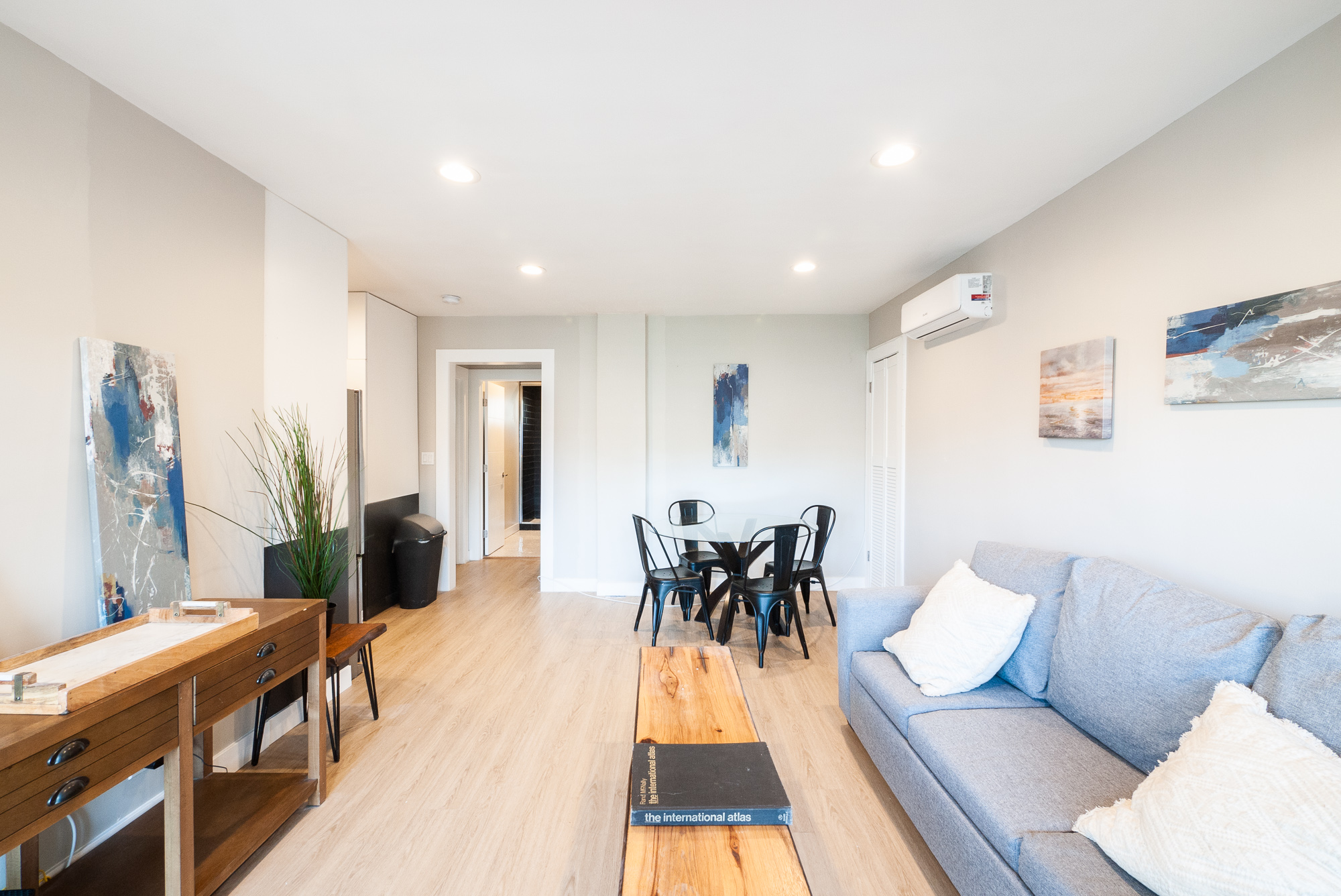 Upper 2/1 In Prime Koreatown | AC Included | Renovated! | Move In Special