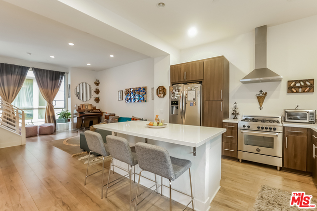Luxury Living in Echo Park | Private Rooftop Patio | Designer Finishes | All Appliances & Parking Included