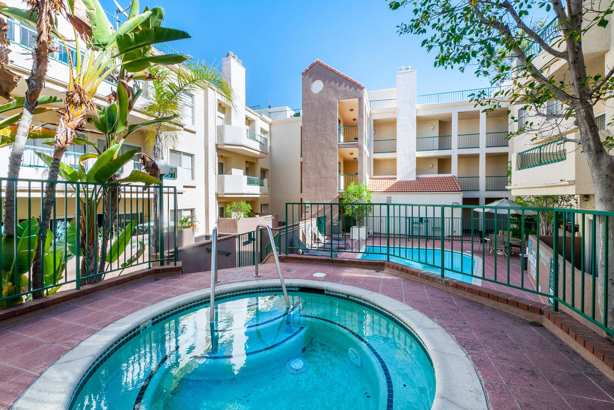 AMAZING Two bed, two bath Sherman Oaks condo!