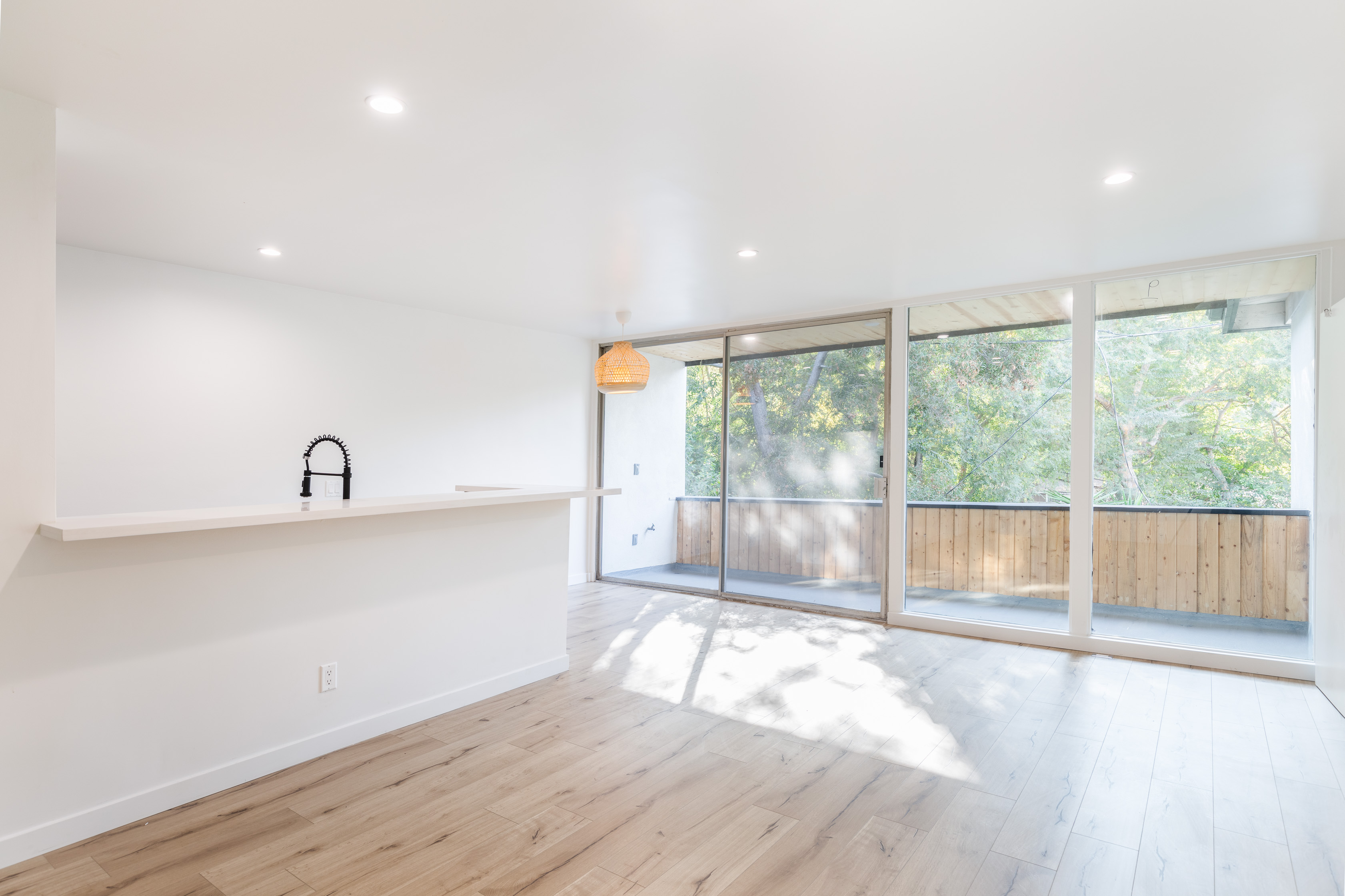 Updated 2 Bed/ 1 Bath In NELA| AC Unit Provided | Private Balcony | Parking Included!