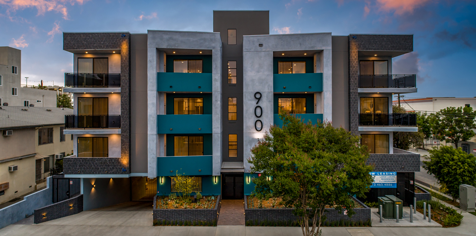 STUNNING 3BR/2BA W/ LARGE PRIVATE PATIO, ROOFTOP, GYM, & 2 PARKING SPACES IN THE HEART OF HOLLYWOOD