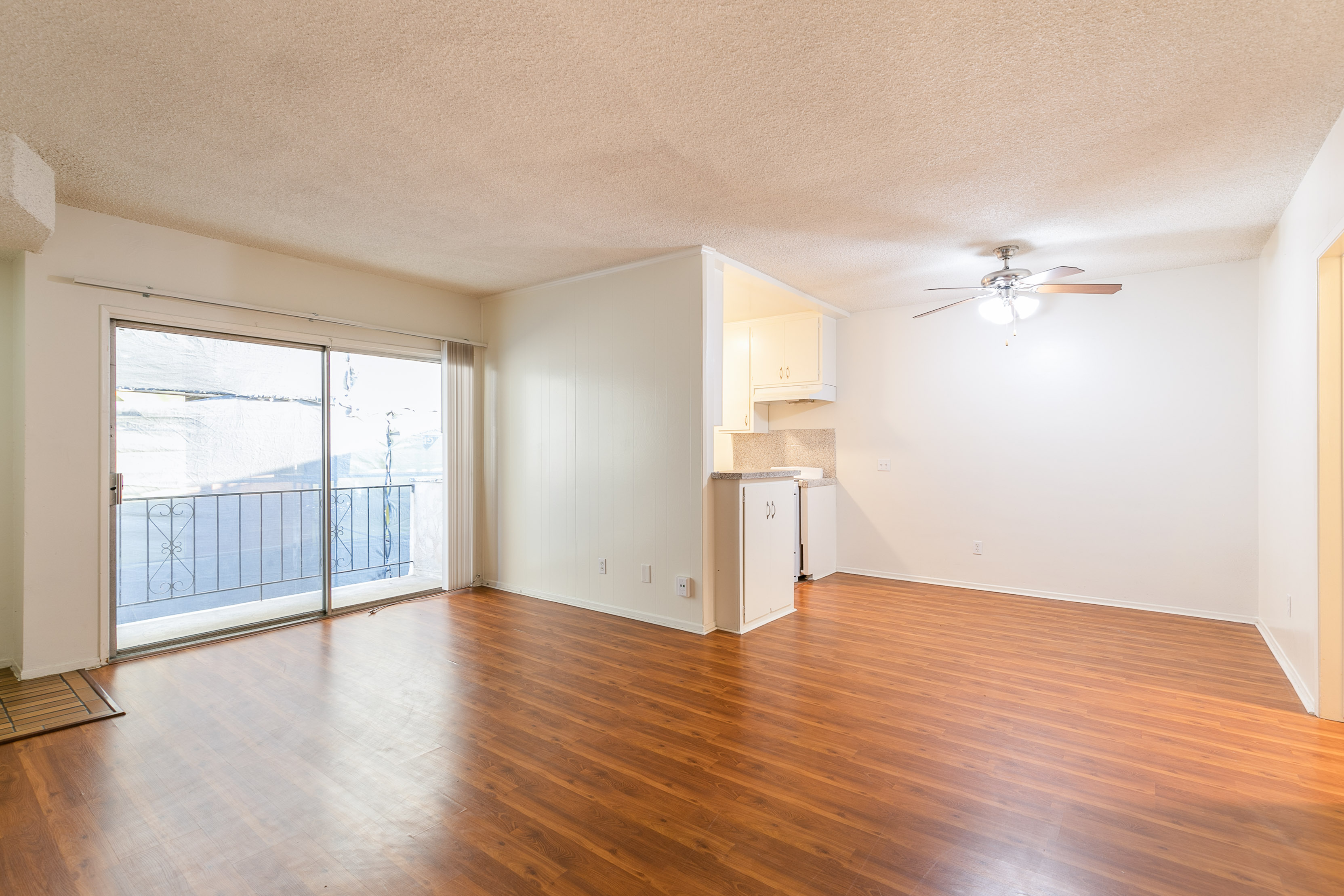 Westside 1BD/1BA with Easy Metro Access | On Site Laundry | Parking Spot