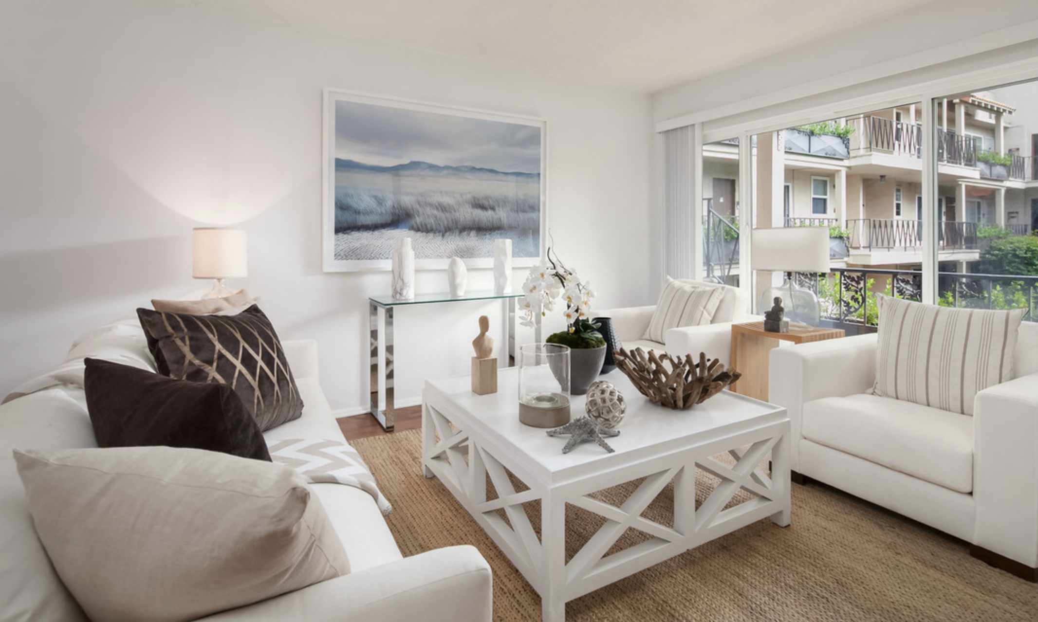 Prime Brentwood Village Chic & Beachy 2bed+2bath