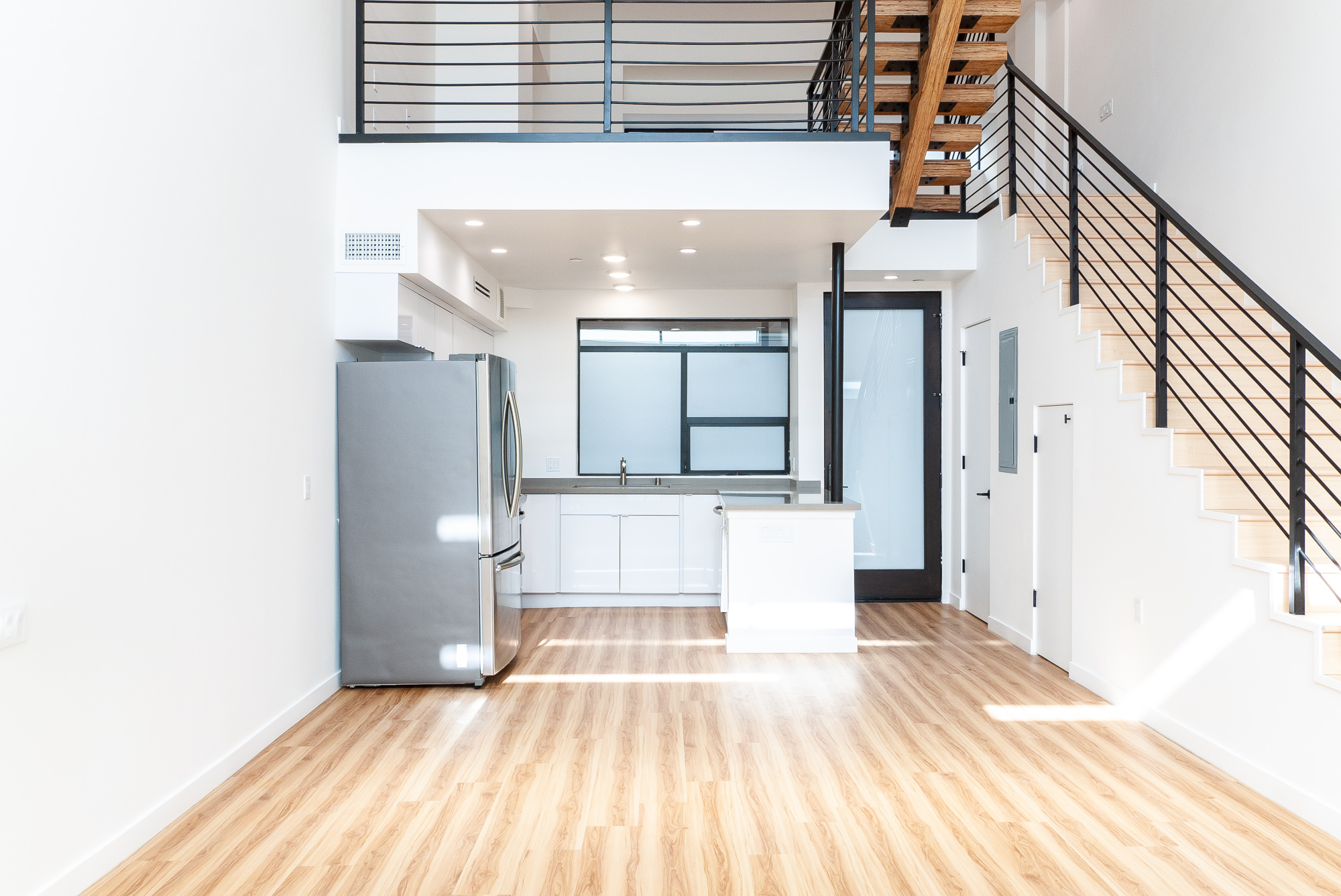 Brand New Architectural Building in North Hollywood!