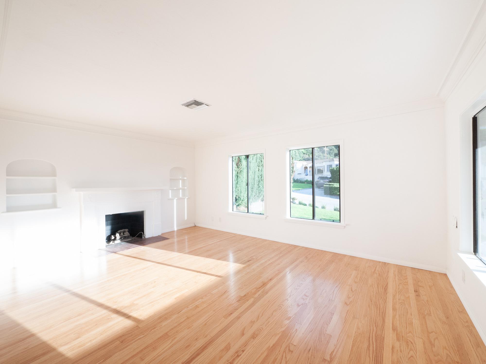2/1 + detached bonus studio, 0/1, storage and garage! Charming stunner on a large corner lot, greenery, sunshine, gorgeous!
