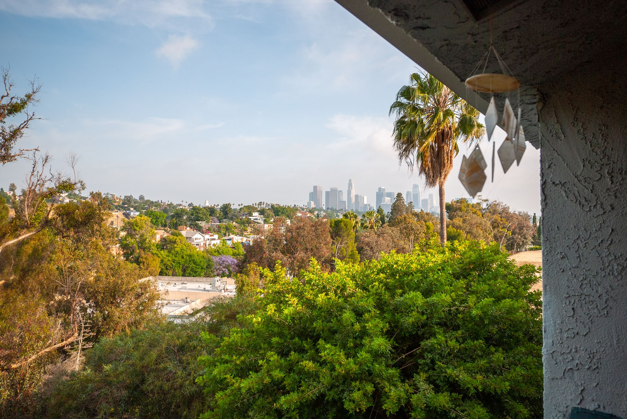 Upper Unit Apartment in Echo Park Hills   Modern Updates   All Appliances & Parking Included   Move In Specials!