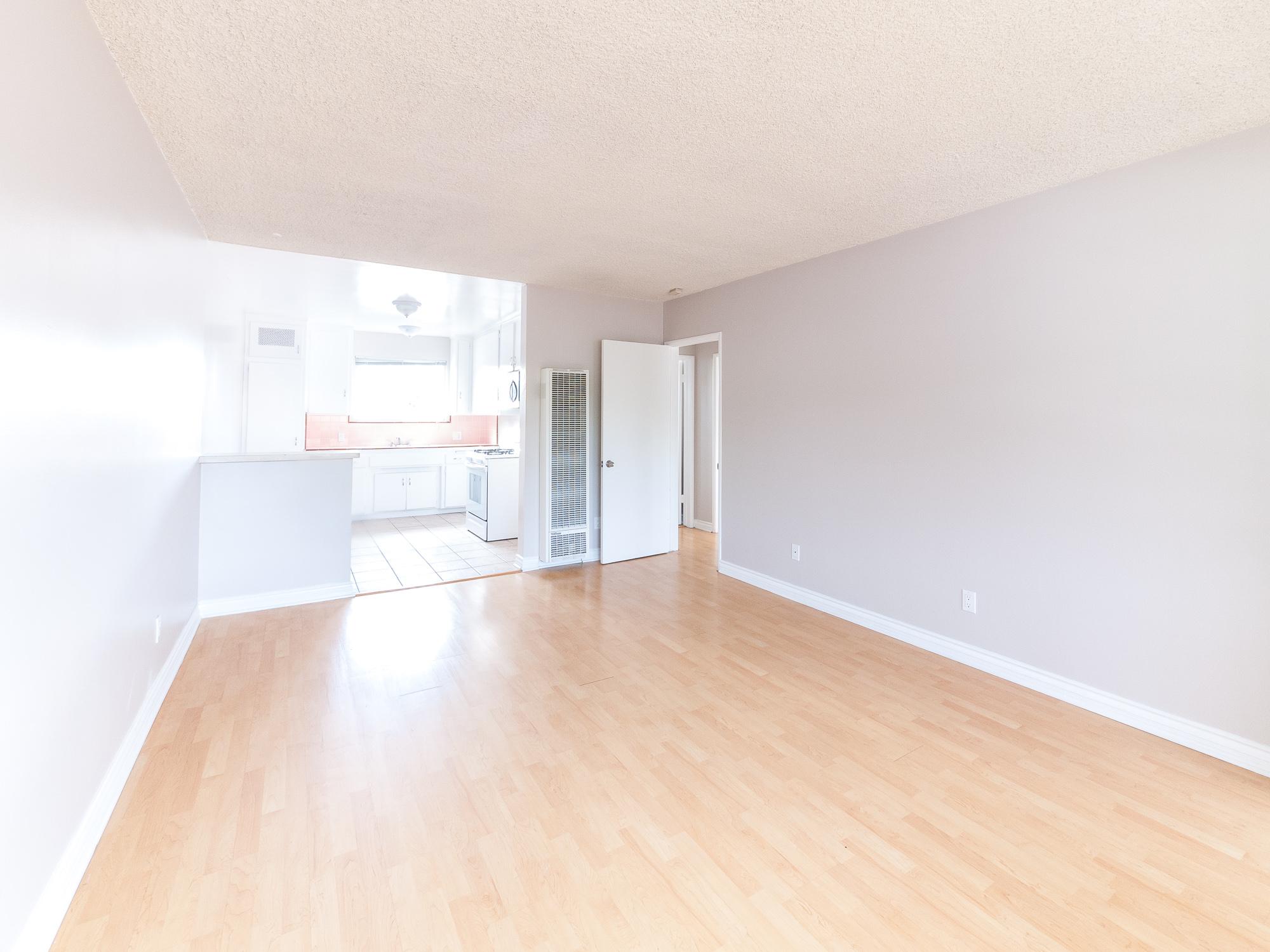 Eagle Rock Apartment | Upper Unit | Assigned Parking Space
