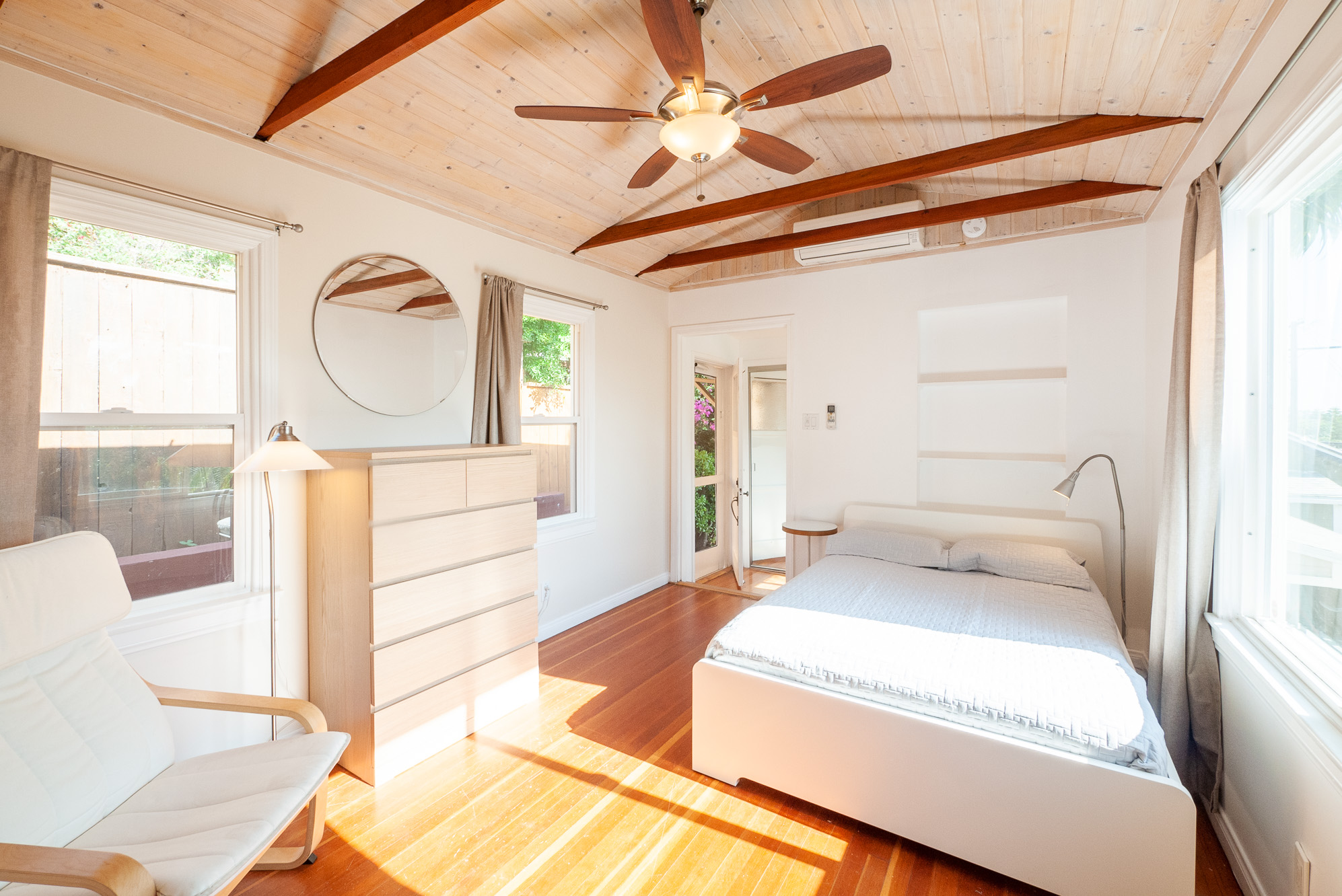 Sunny Turnkey Guest House | Everything New! | Furnished with ALL Utilities Paid | Base of Franklin Hills