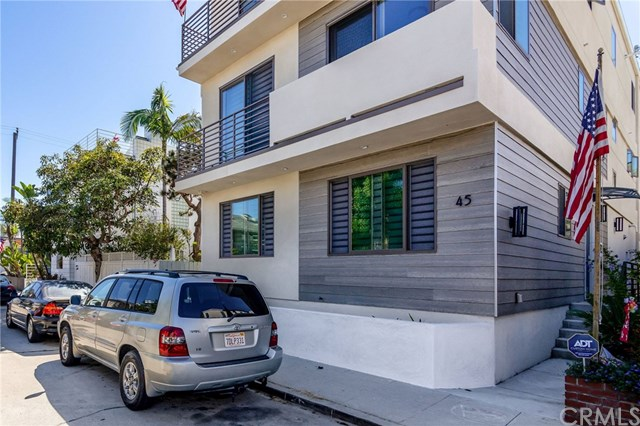 Swanky And Modern 2 Bedroom In Serene Alamitos Beach!