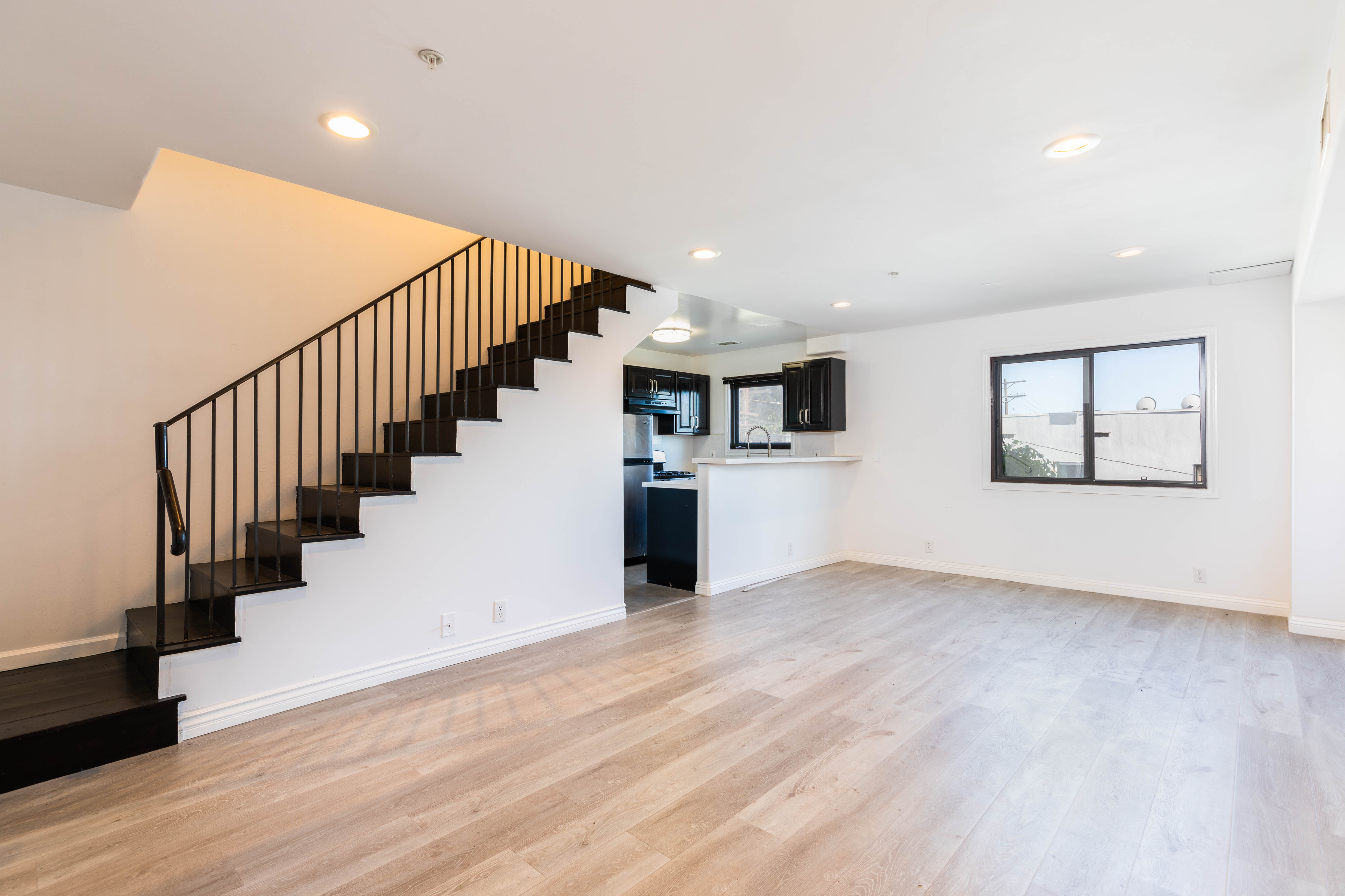 Stunning Two-Story 3BR/ 2BA in the Heart of Hollywood! Two Side-By-Side Parking Spaces!
