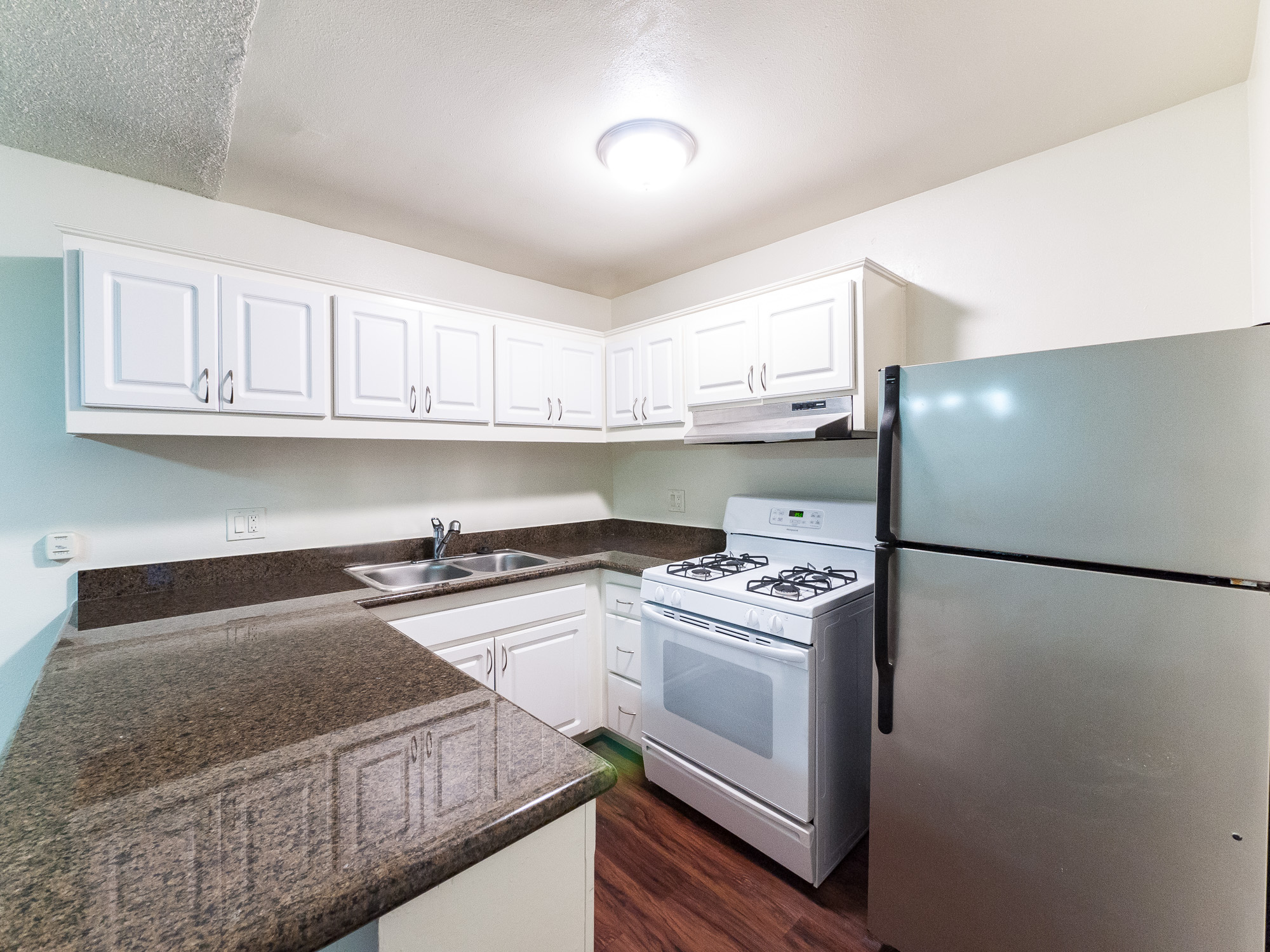 Large, Renovated Studio - Stainless Kitchen -AC- Parking Incl. - Great Layout and an Even Better K-Town Location!