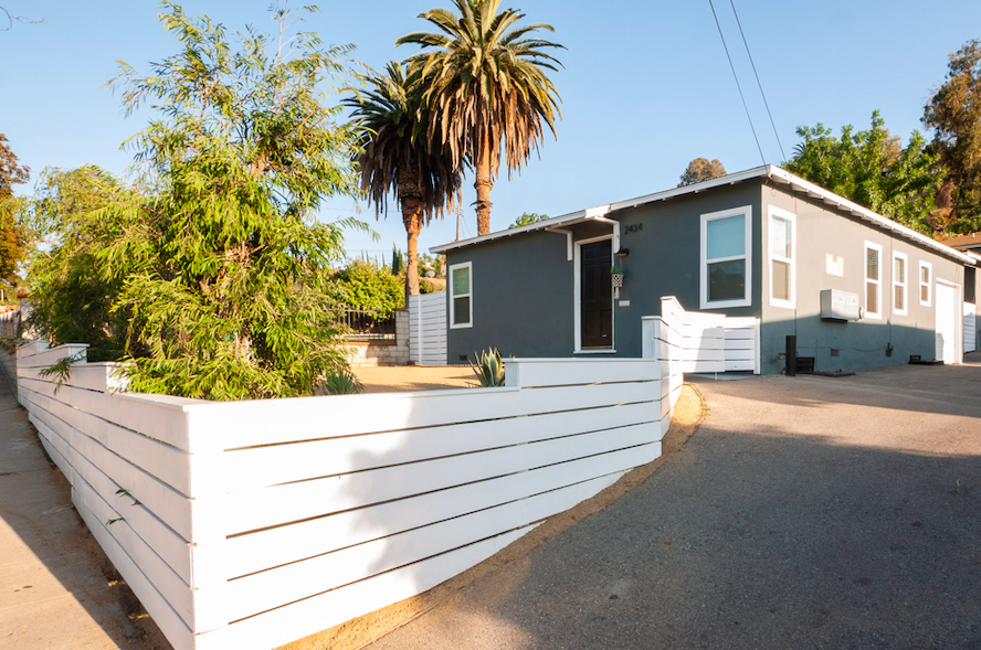 DARLING BUNGALOW IN EIGHT-PLEX OFF Verdugo Rd | RIGHT IN THE HEART OF Glassell Park