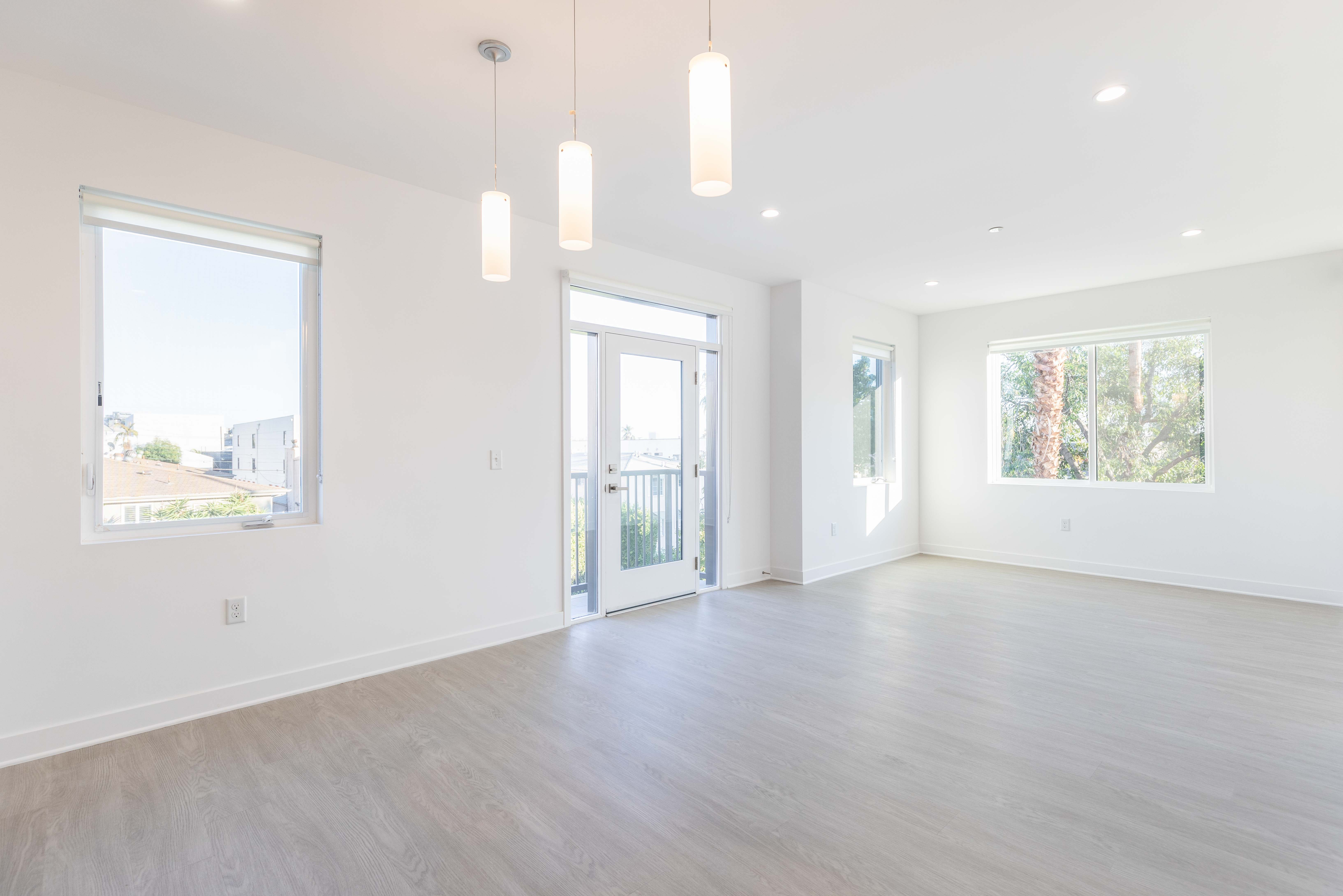 Gorgeous 3BR/2BA in a Brand-New Building, Lots of Light, Tandem Parking